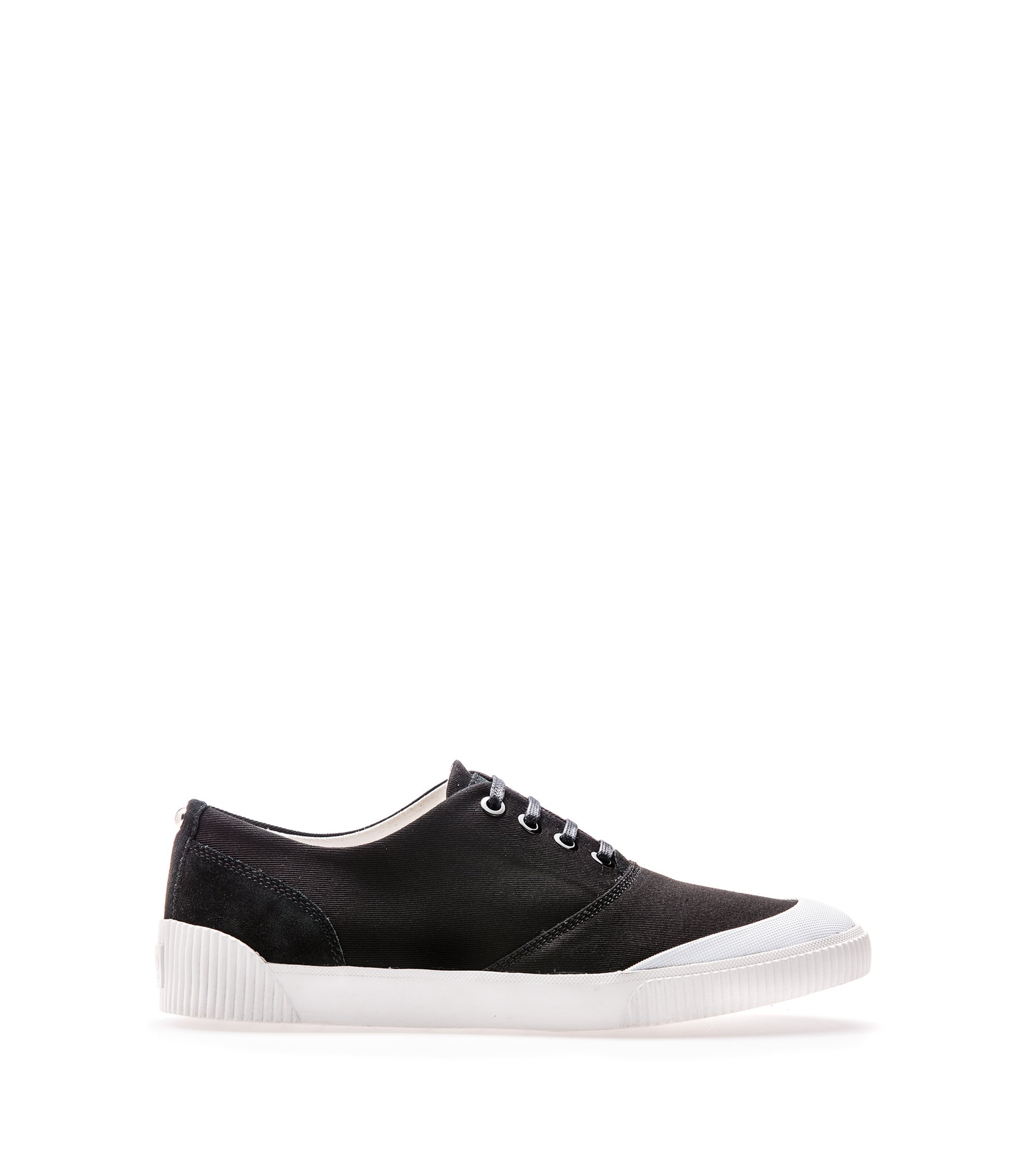 Low-top trainers in Italian leather and canvas, Black