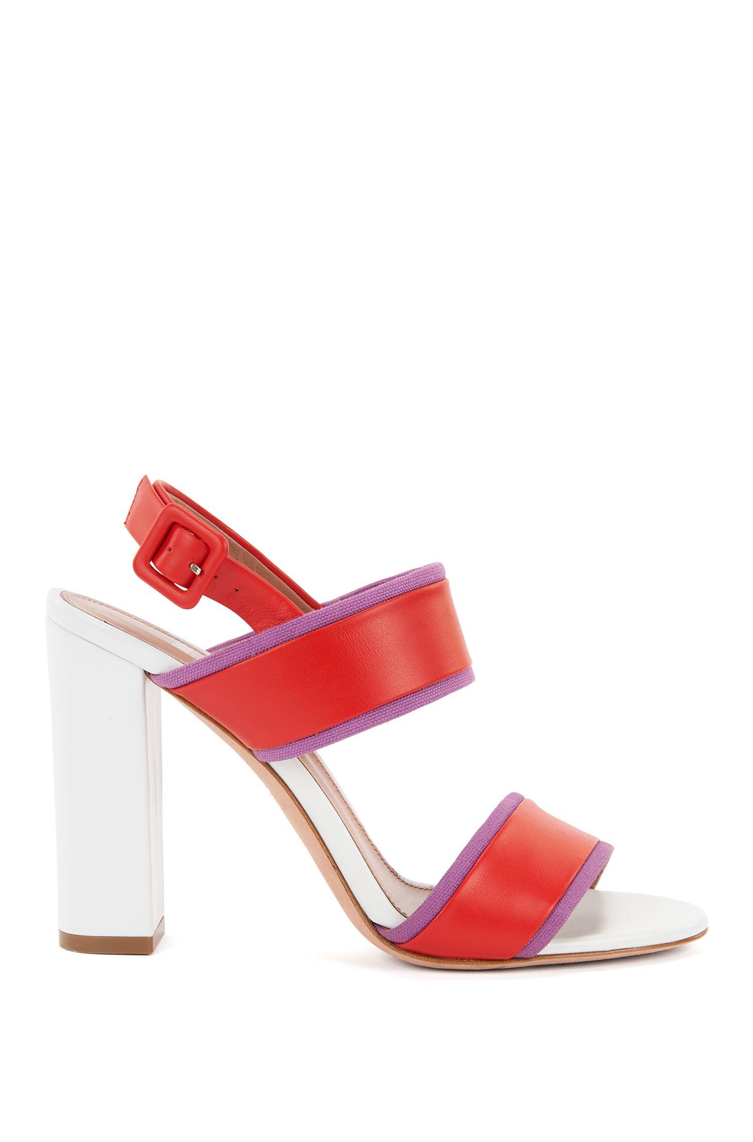 Sandali in pelle realizzata in Italia con tacco quadrato