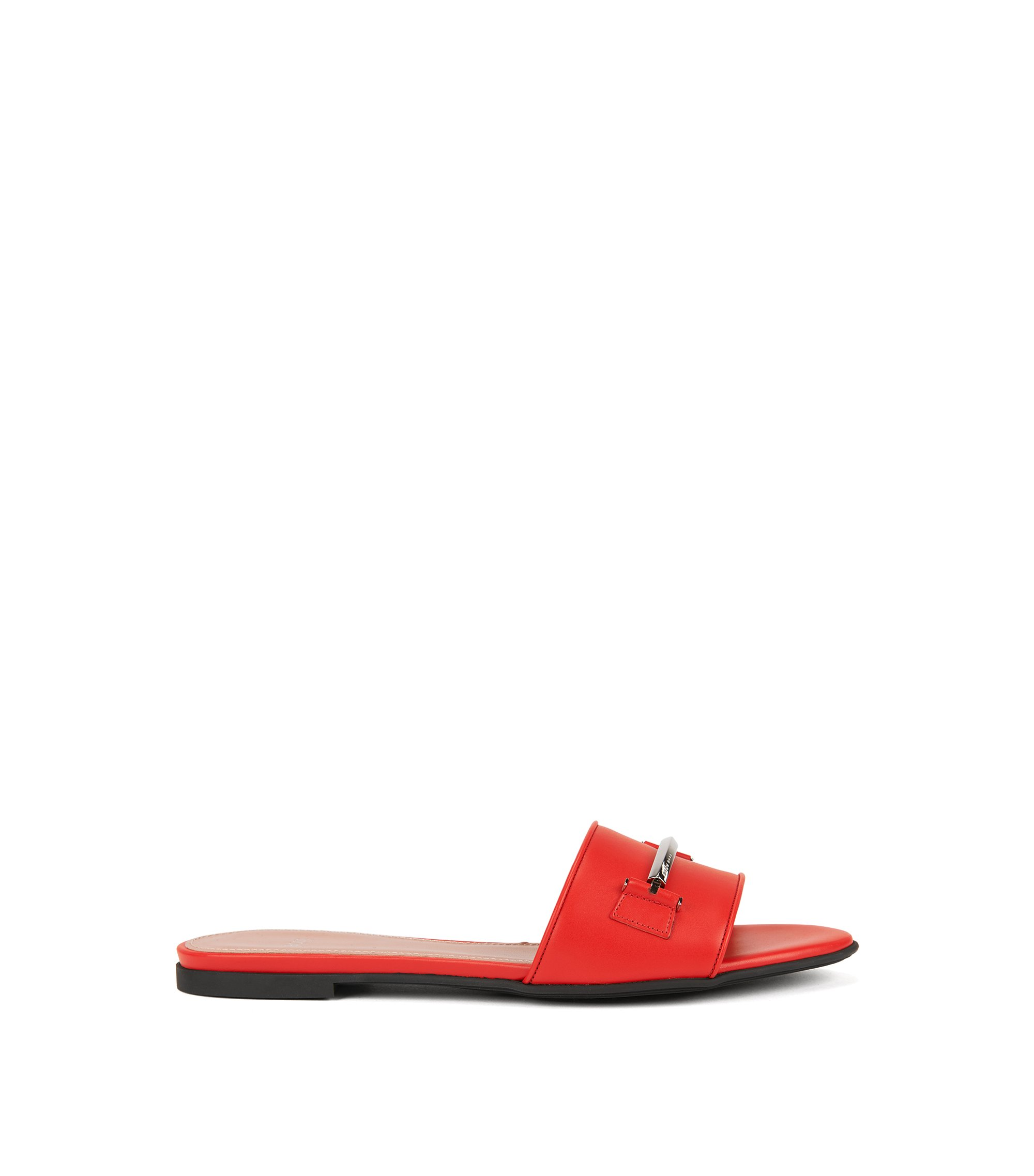 Hardware-trimmed slides in Italian leather, Red