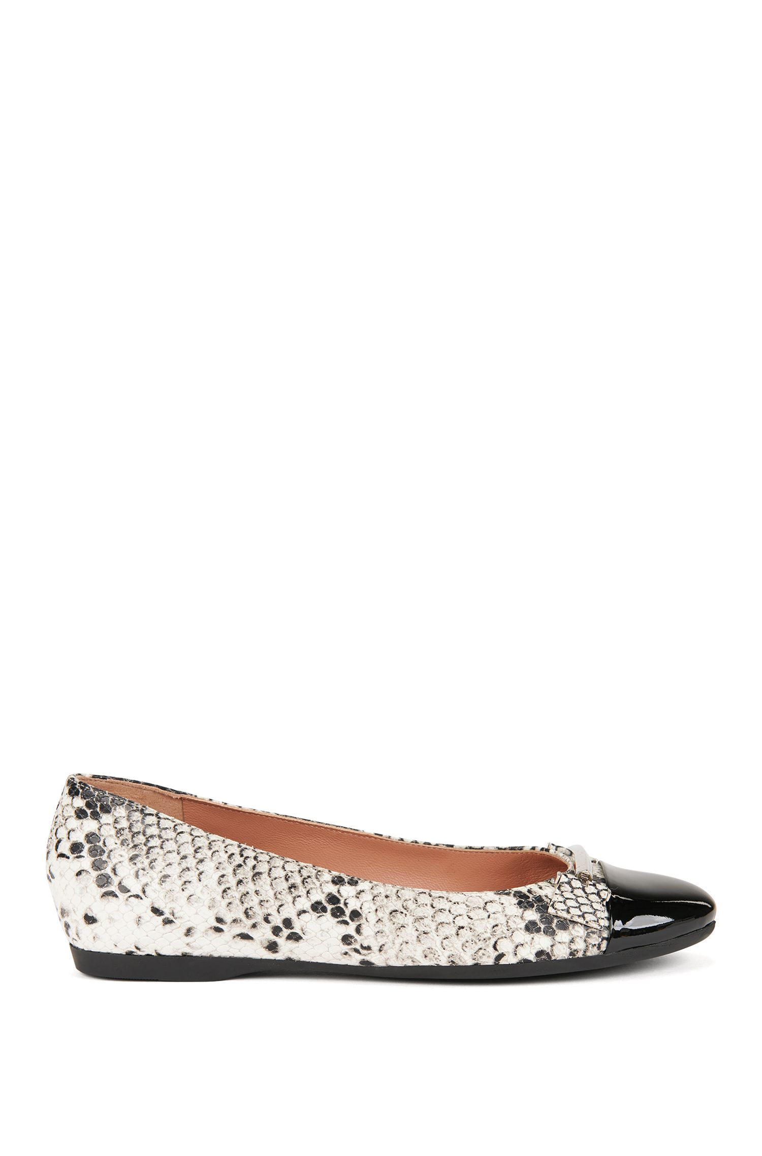 Snakeprint leather ballerina pumps with patent toe