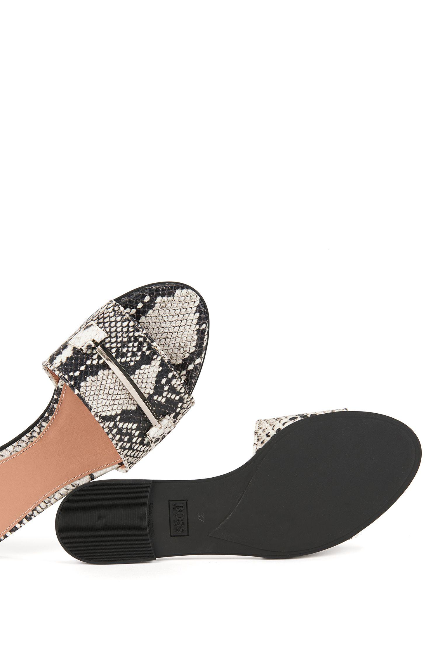 Slides aus italienischem Leder mit Schlangenleder-Print