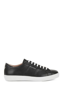 Lowtop trainers in Italian leather Black