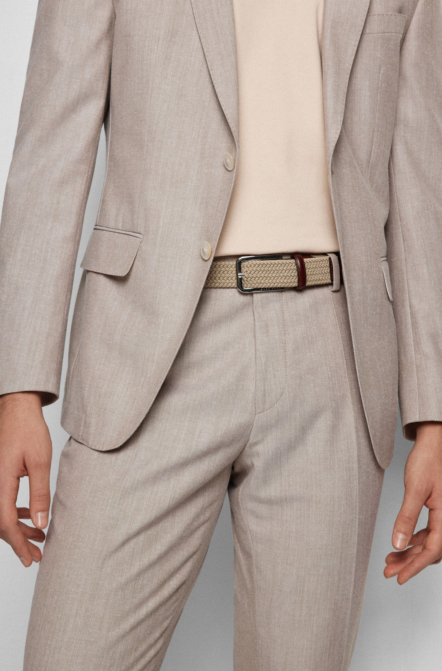 Cinturón tejido con herrajes de metal pulido, Beige claro
