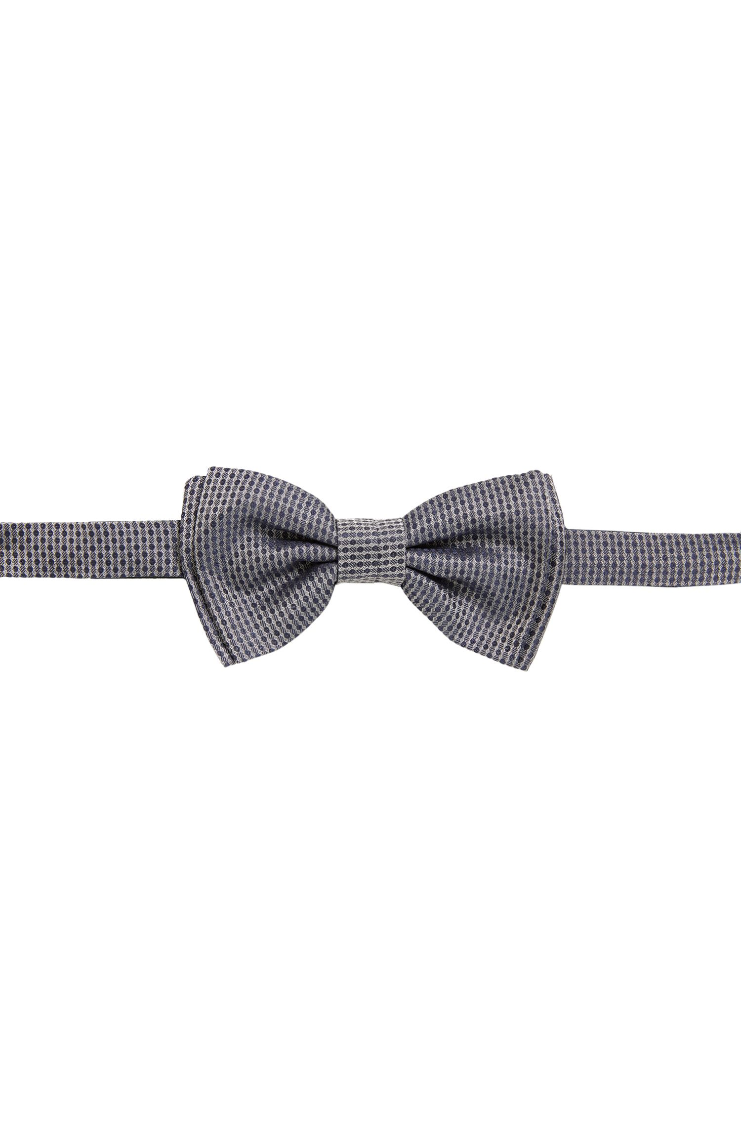 Patterned bow tie in silk jacquard