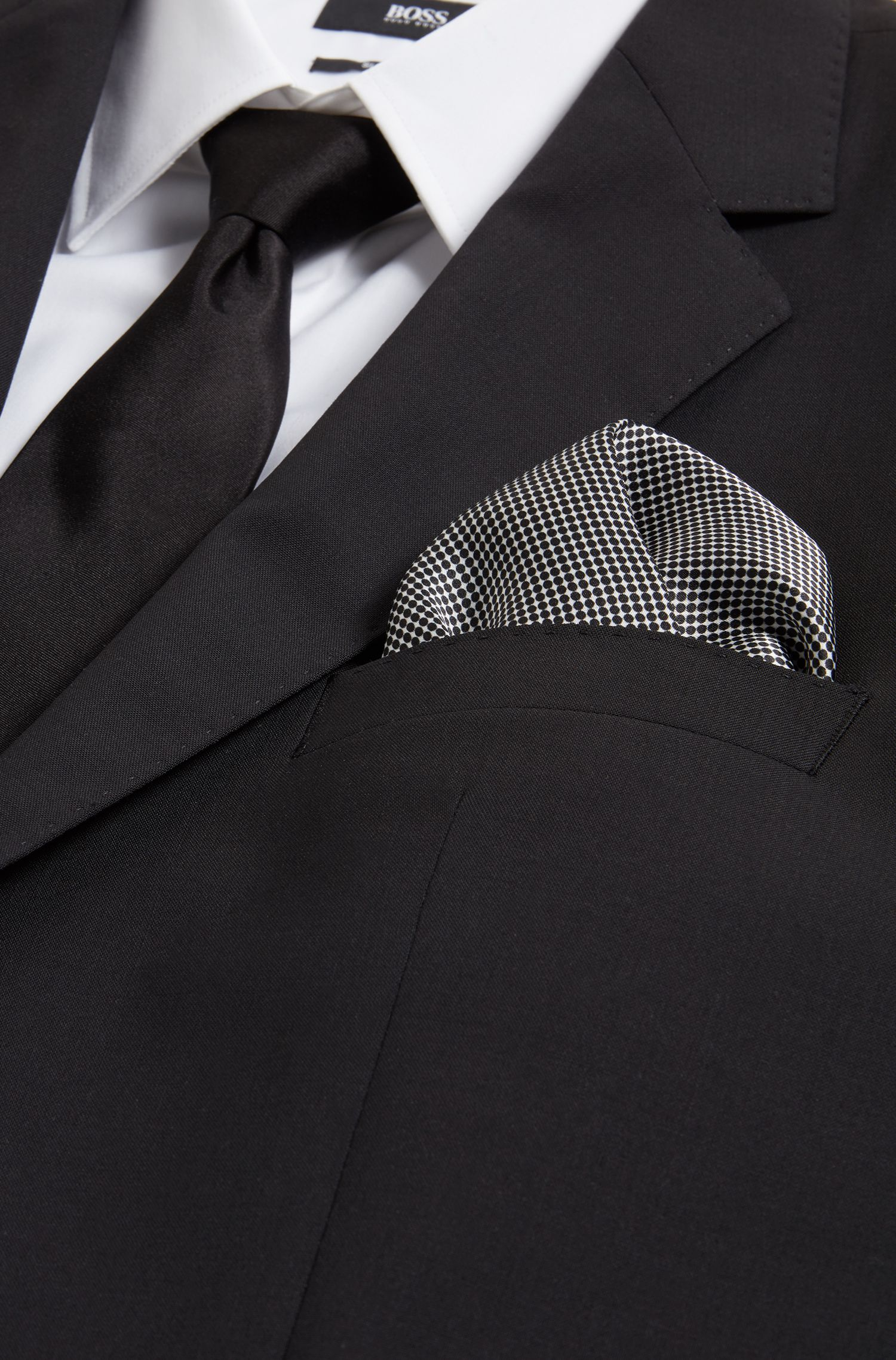 Italian-made pocket square with dot print