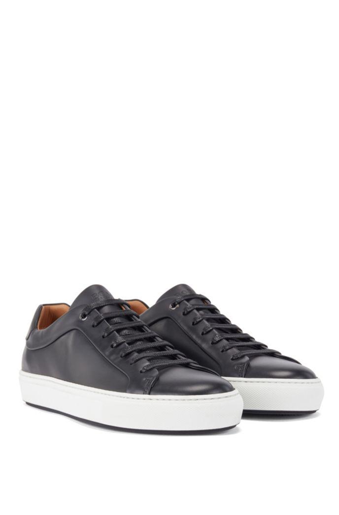 Lowtop Sneakers aus poliertem Leder