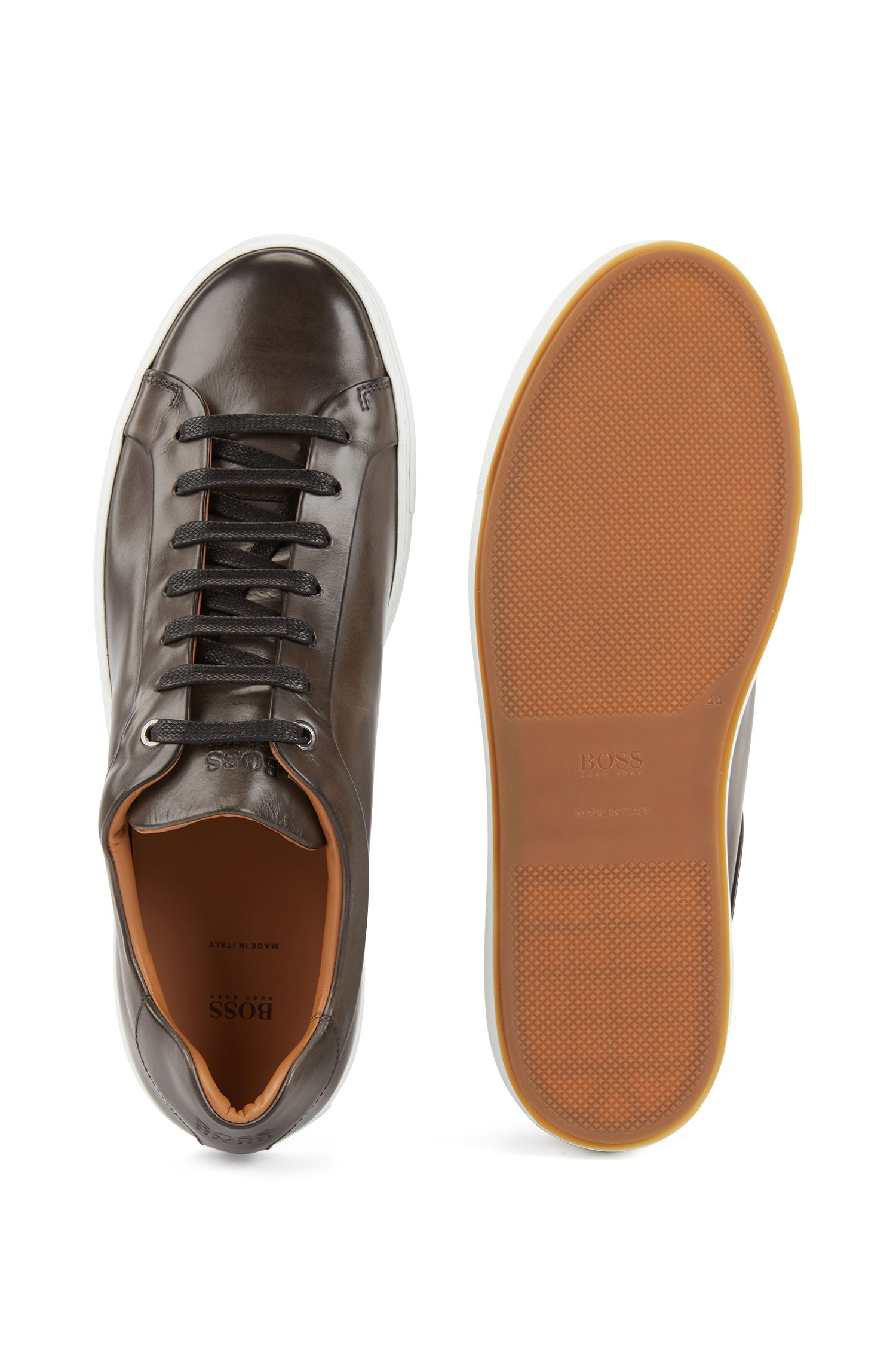 Tennis-style trainers in burnished leather, Grey
