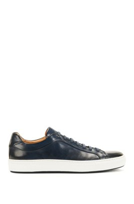 Italian-crafted trainers in burnished leather, Dark Blue