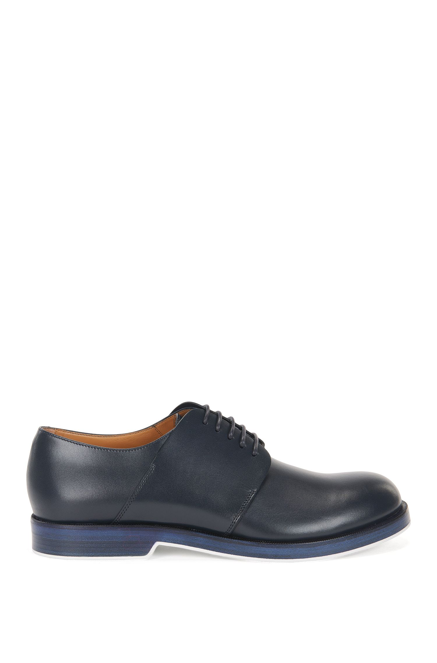 Derby shoes in leather