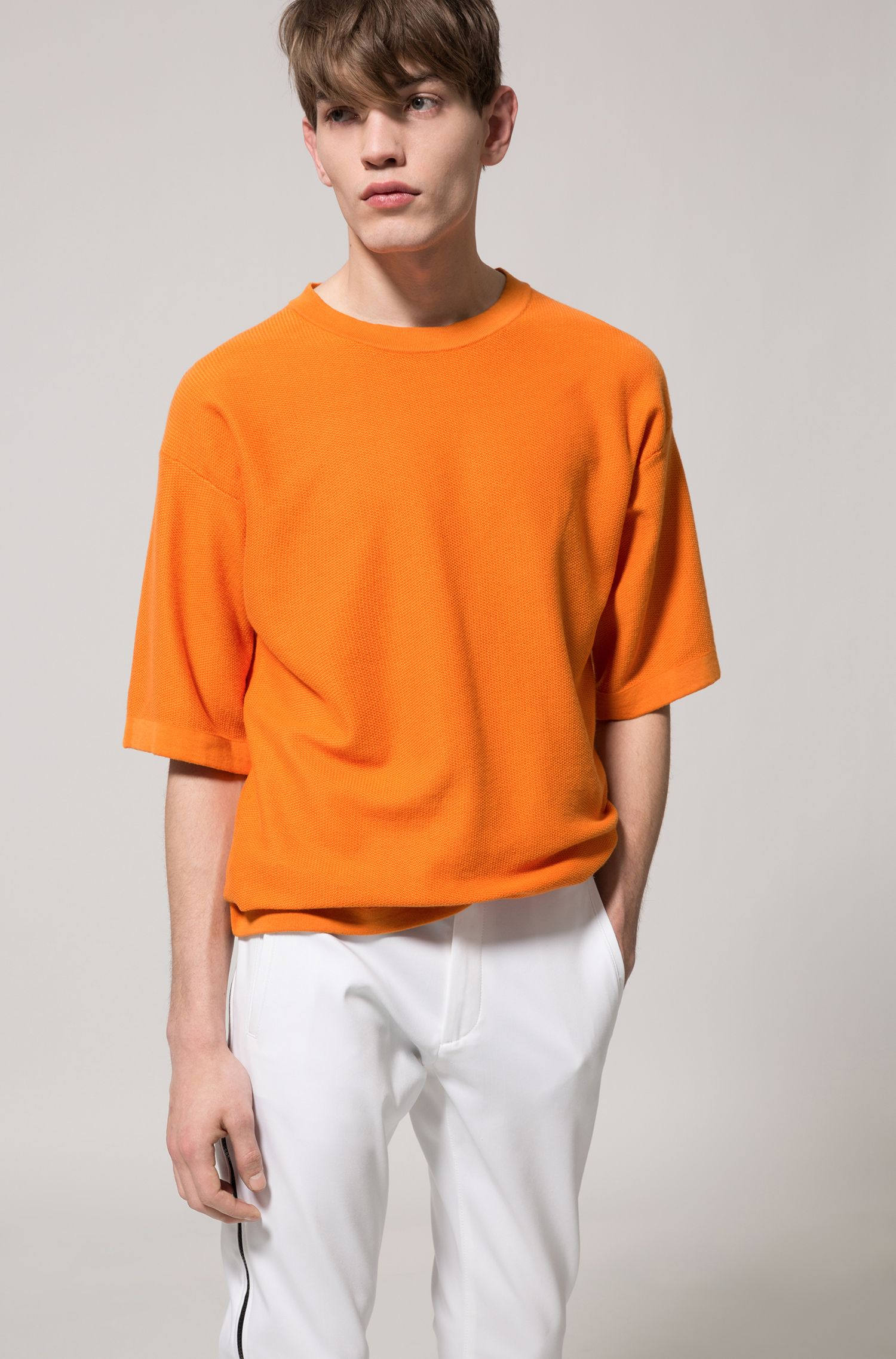 Oversized-fit short-sleeved sweater in textured cotton, Orange