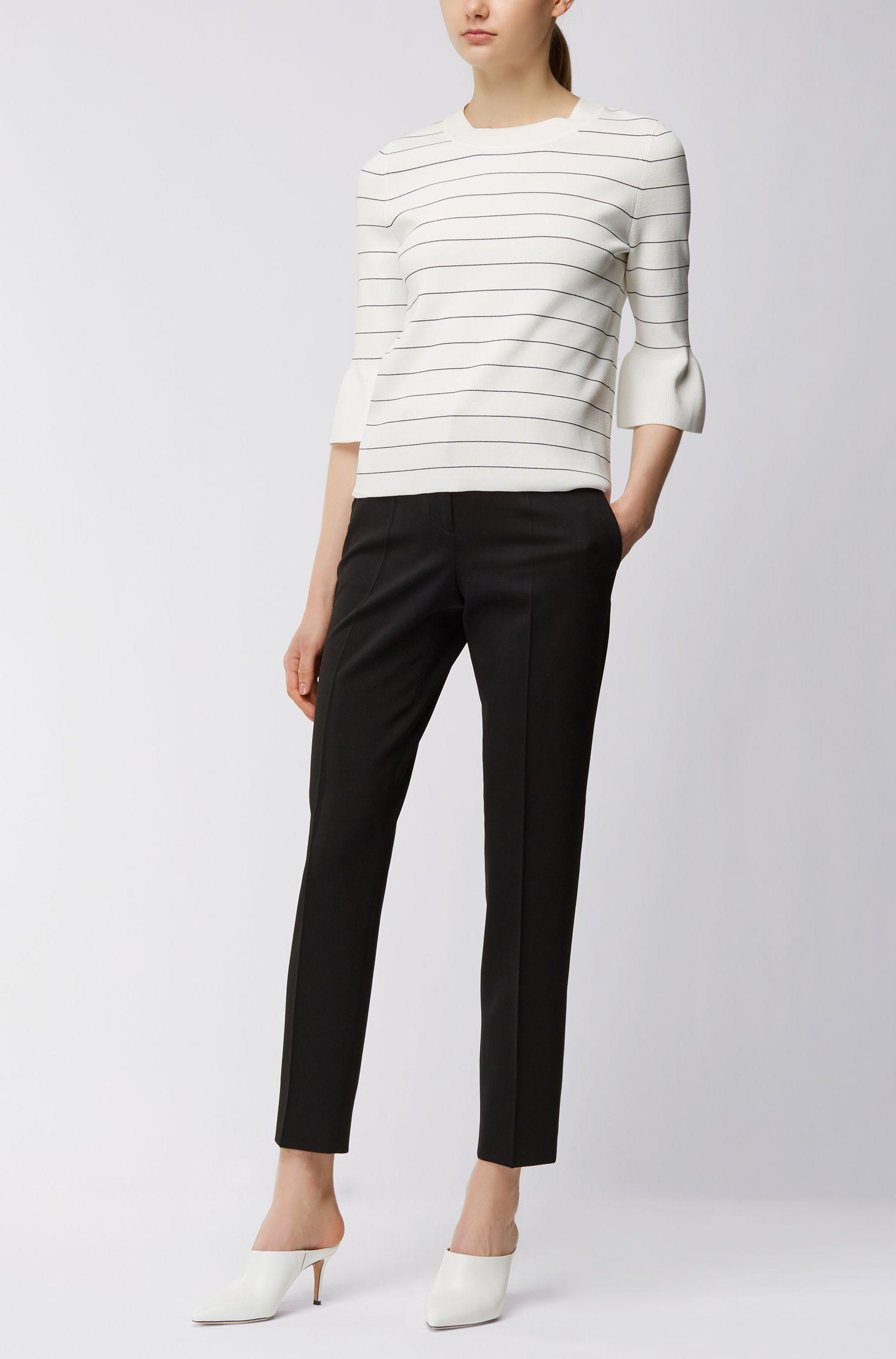 Pantalones regular fit en sarga de lana virgen elástica