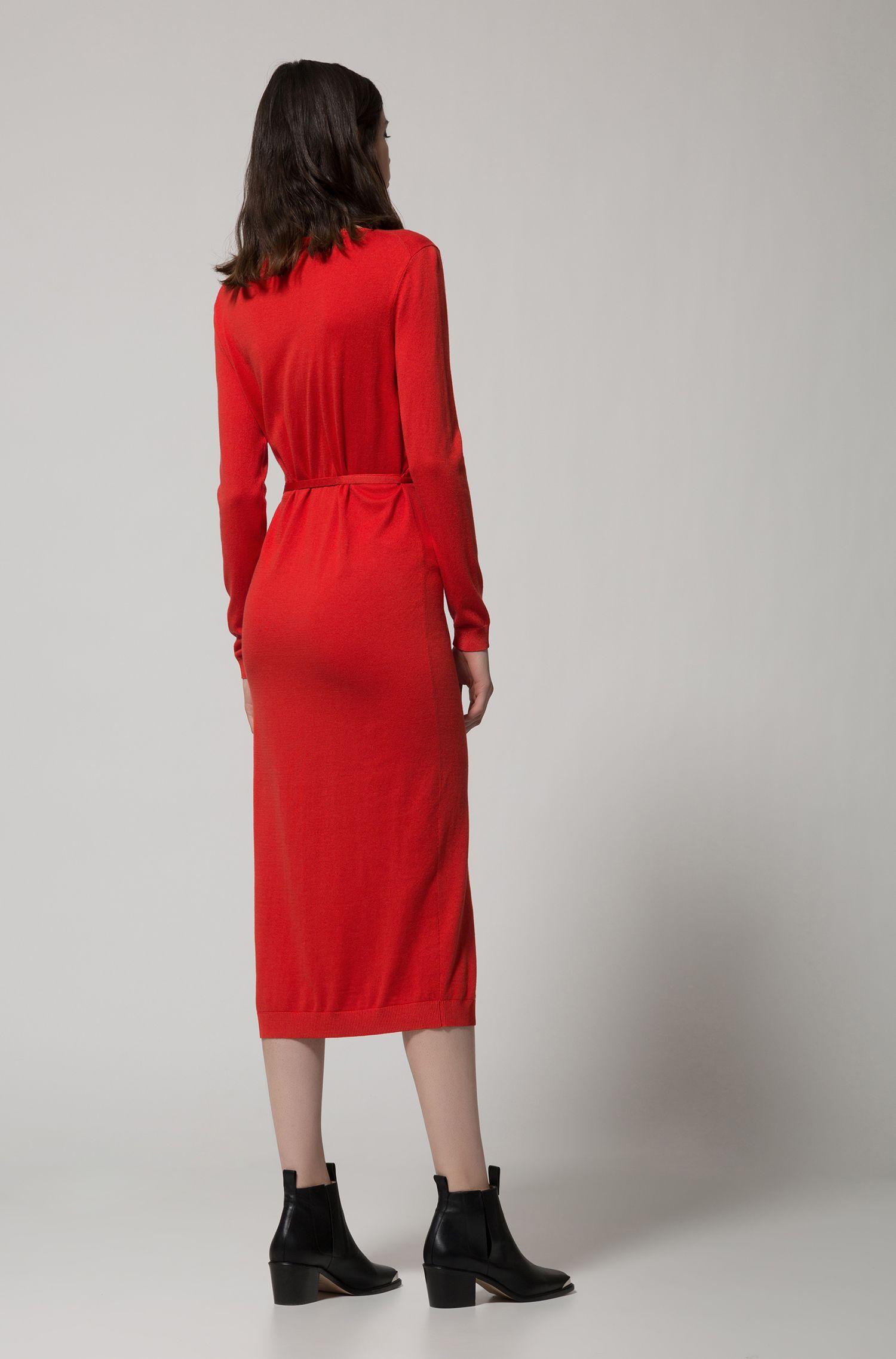 Midi-jurk van een geribde zijdemix met lange mouwen, Rood