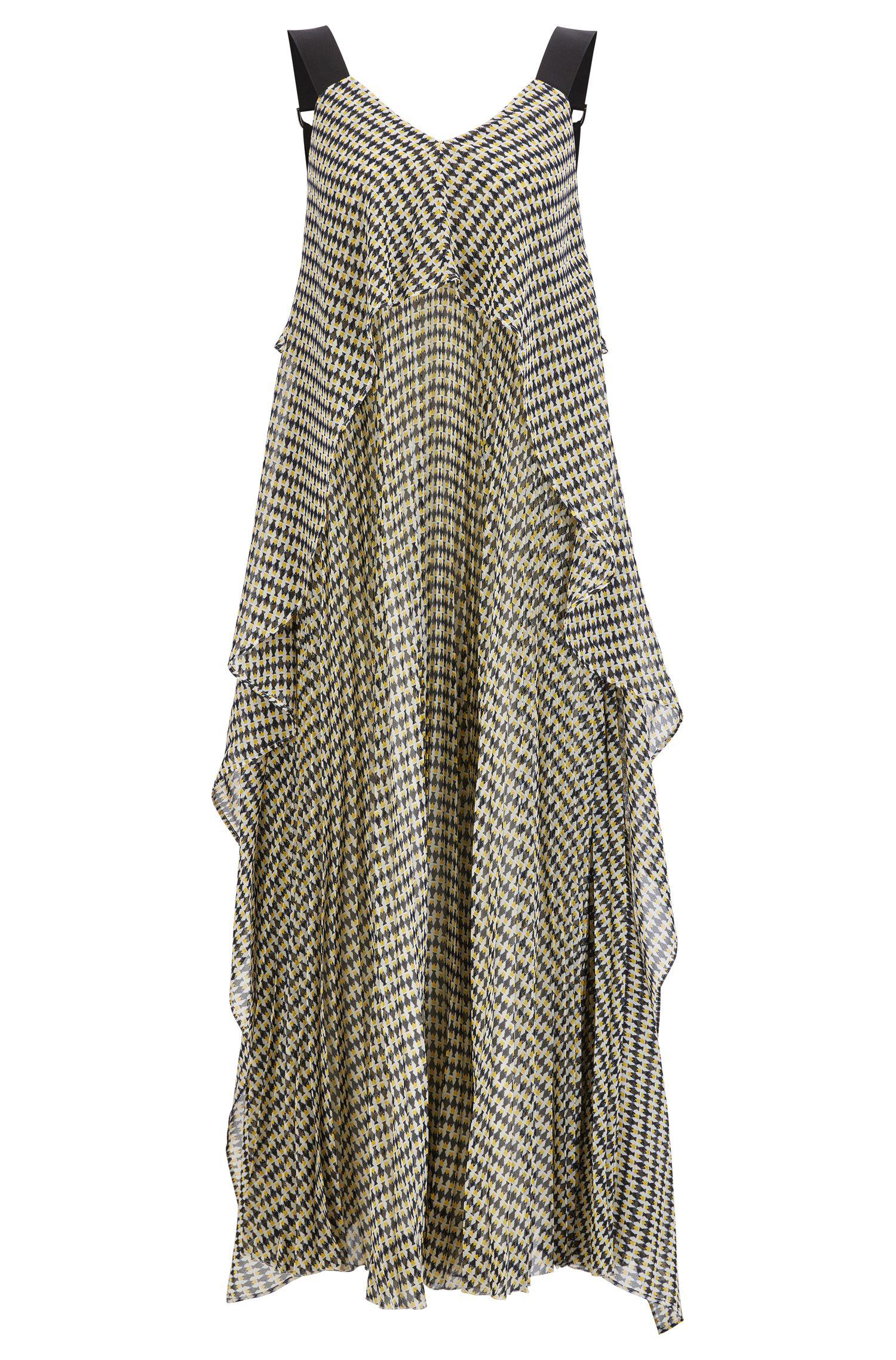 Vestido maxi plisado en capas de gasa con estampado de peces