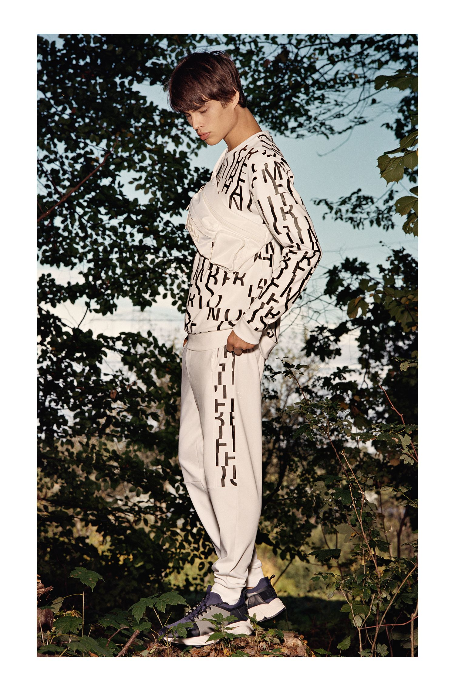 Oversized-fit sweatshirt in pure cotton with abstract slogan, White