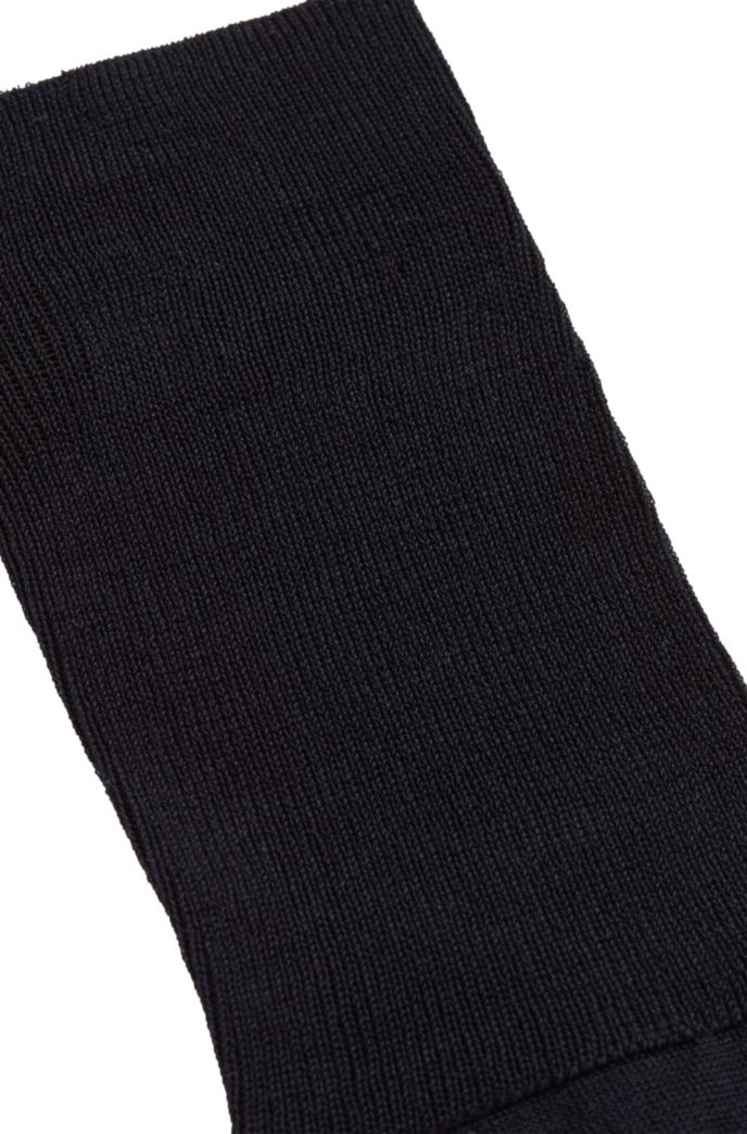 Knee-length socks in mercerised Egyptian stretch cotton