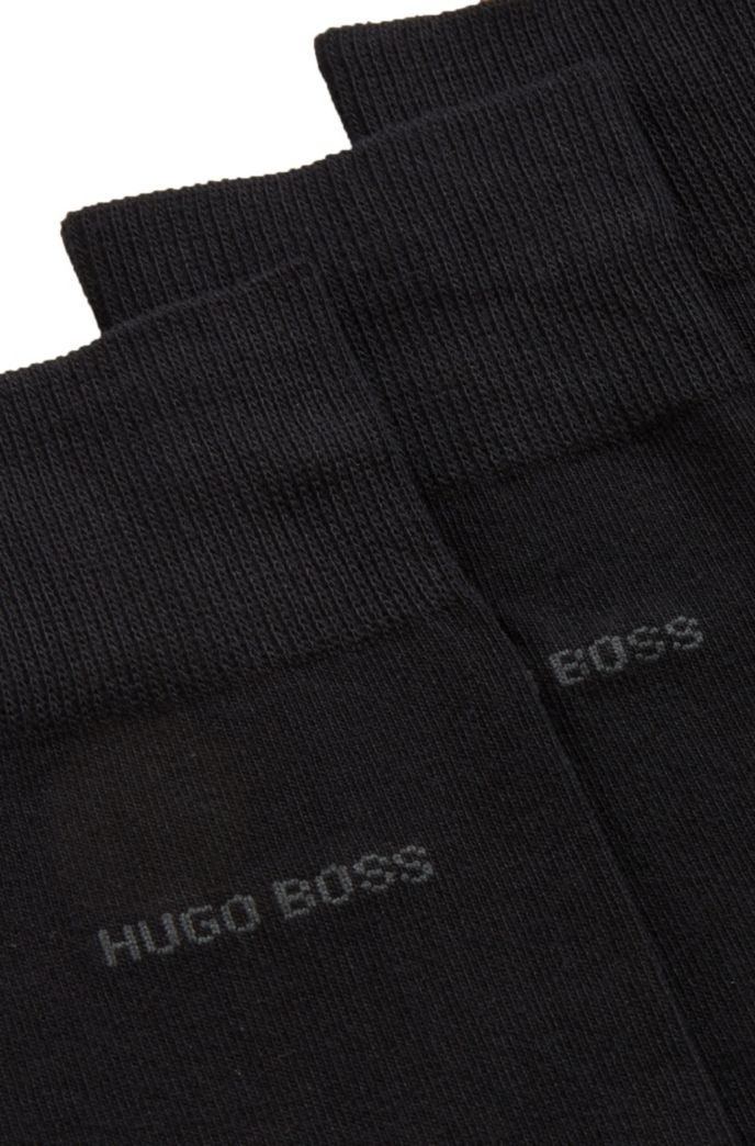 Three-pack of regular-length socks in a cotton blend