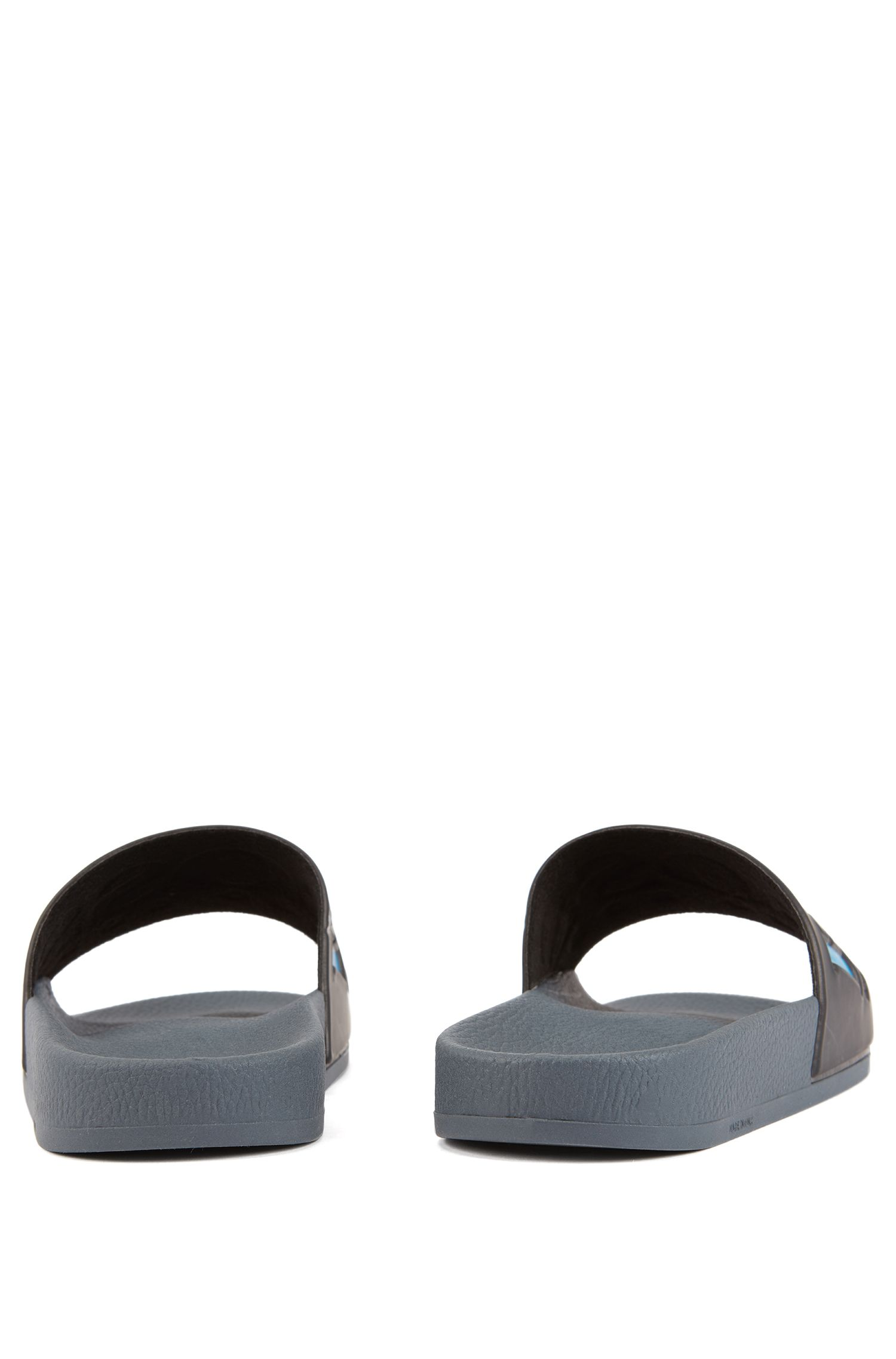 Italian-made rubber slide sandals with contrast logo, Grey