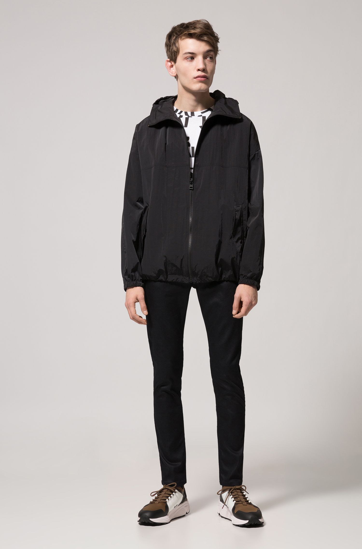 Relaxed-fit hooded jacket in water-repellent fabric