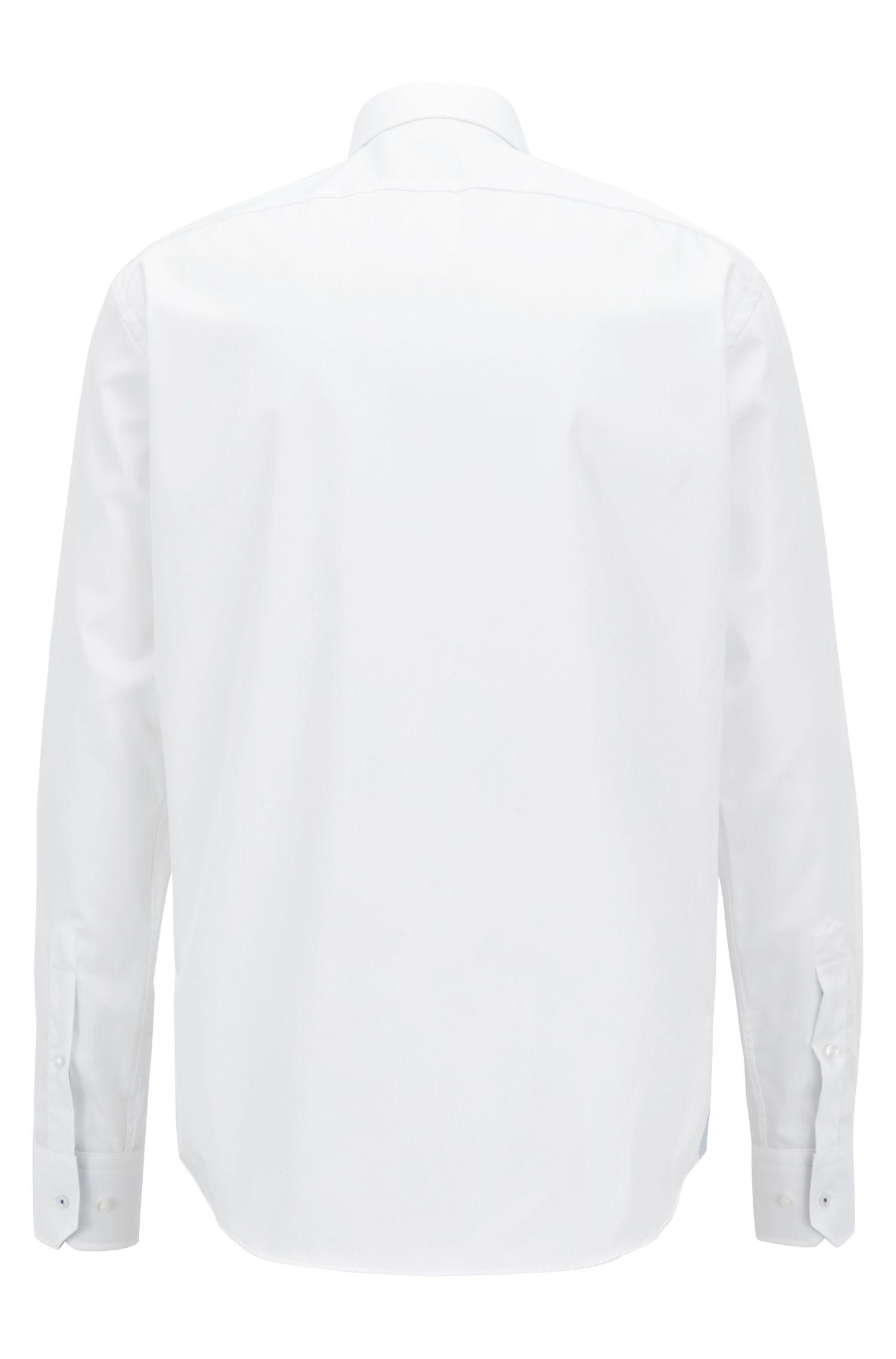 Chemise Regular Fit facile à repasser, ornée de détails contrastants