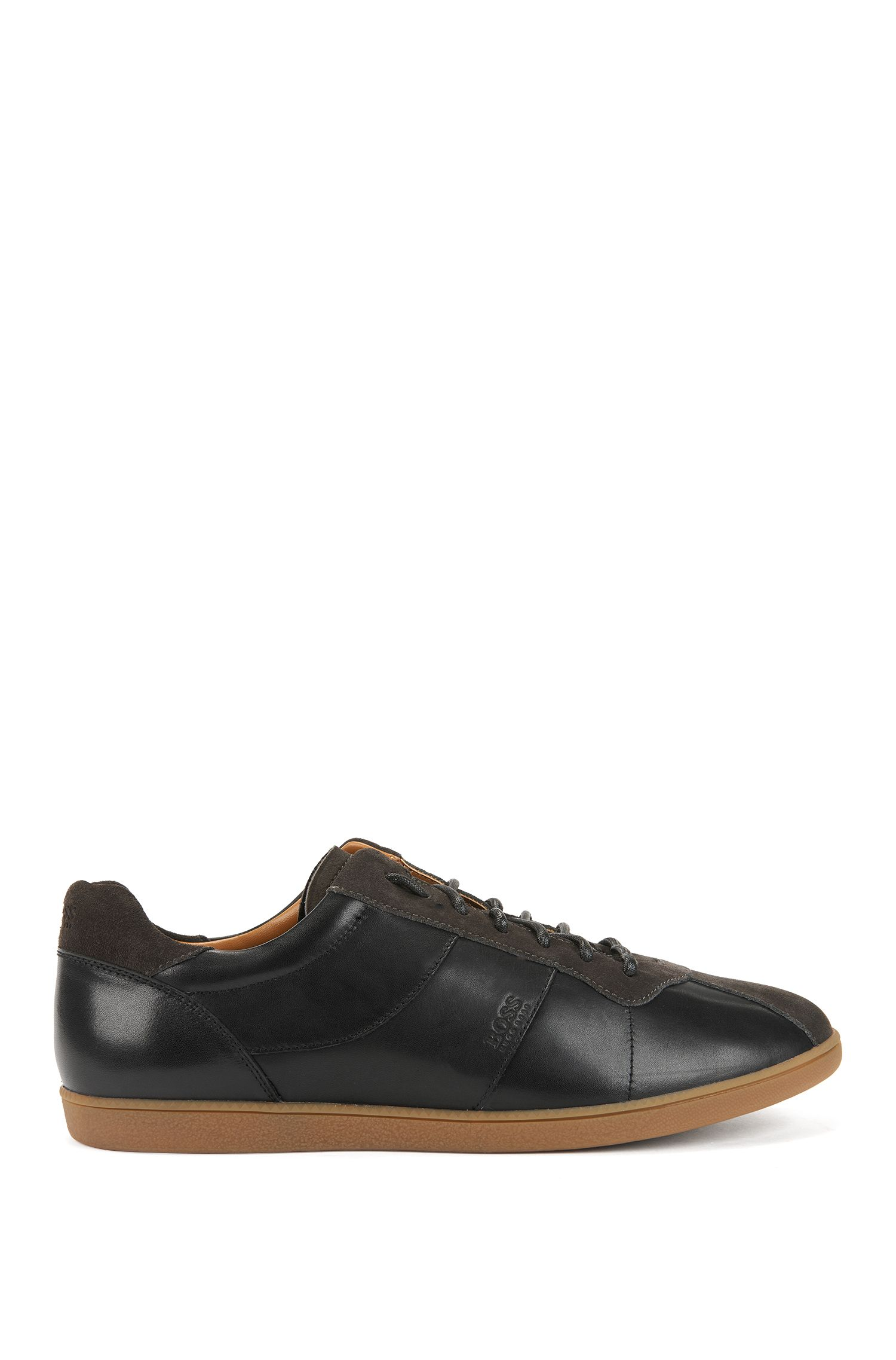 Tennis-style trainers in nappa leather with suede uppers