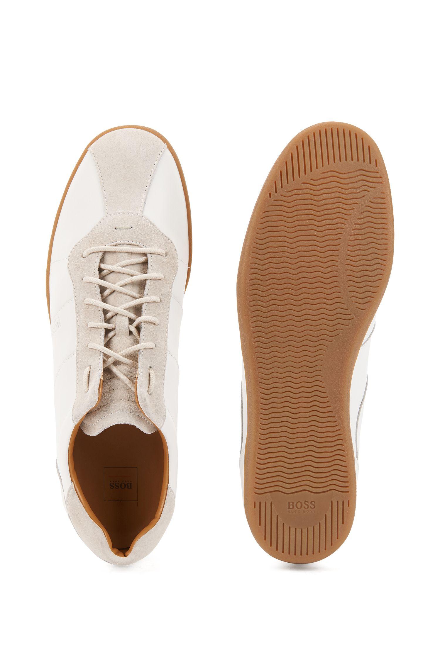 Sneakers aus Nappa- und Veloursleder im Tennis-Stil, Weiß