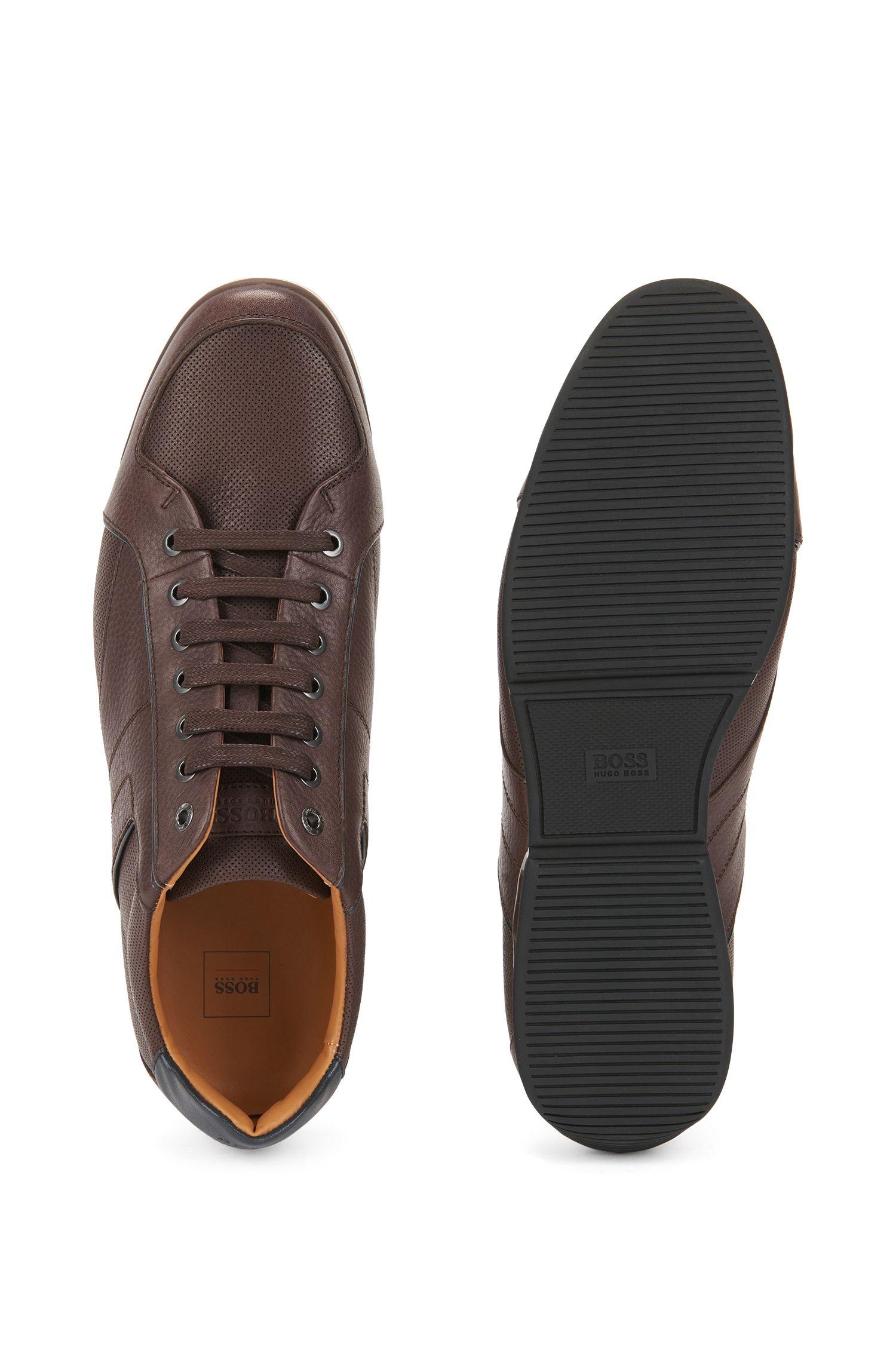 Lage sneakers van bewerkt leer met contrastdetail, Donkerbruin