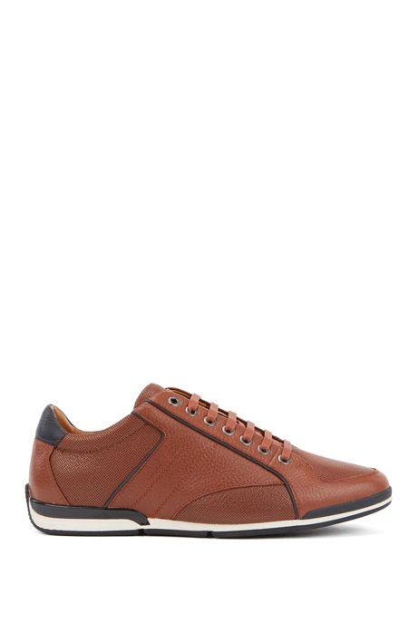 Low-top trainers in tumbled leather with contrast detail, Brown