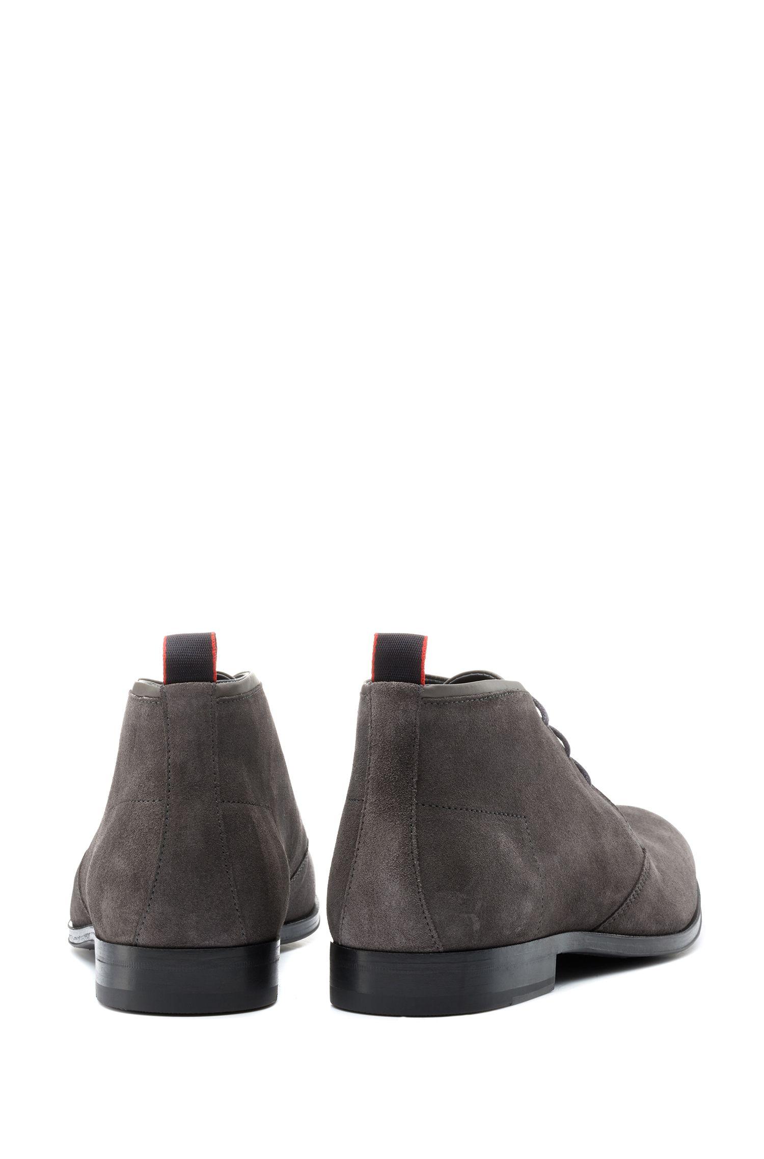 Desert boots en daim de veau italien avec semelle intérieure en mousse