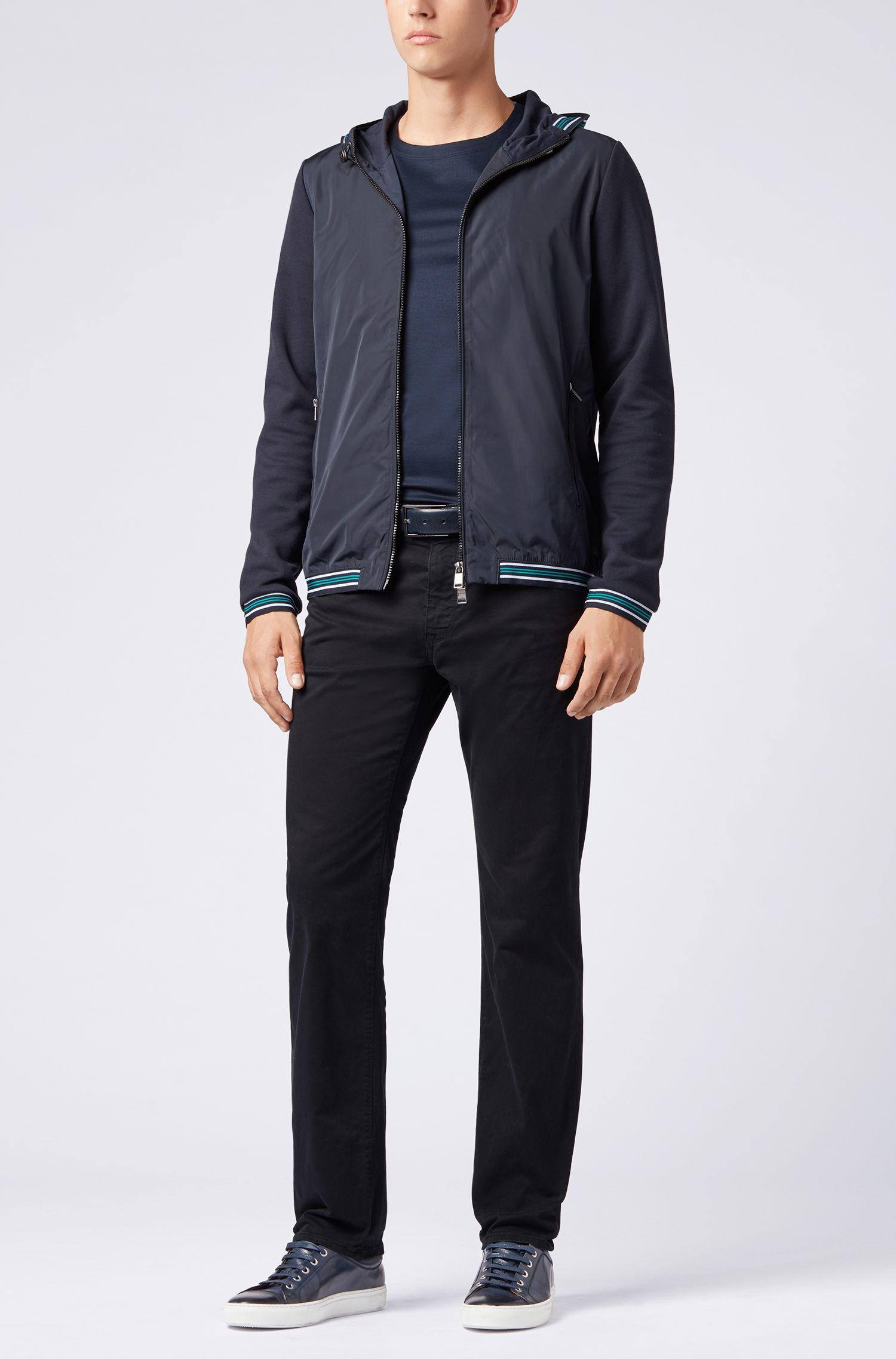 Regular-fit jeans van gesatineerd stretchdenim, afgewerkt met diamantborstel, Blauw