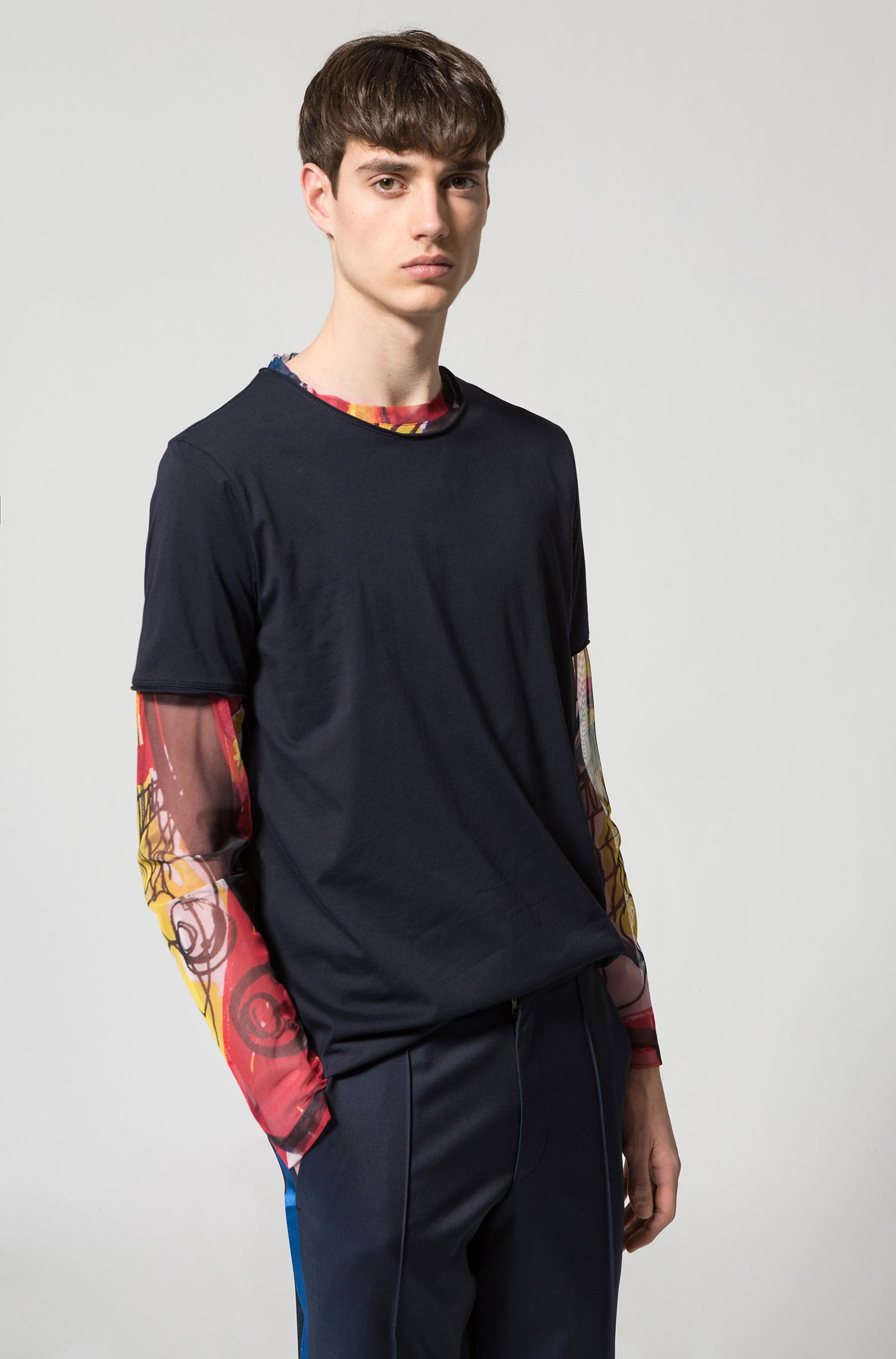 Long-sleeved printed T-shirt in a regular fit