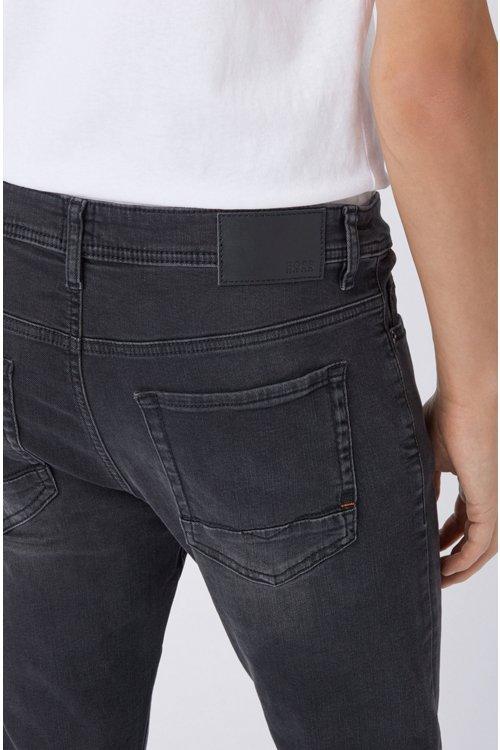 Hugo Boss - Tapered-Fit Jeans aus gewaschenem Super-Stretch-Denim - 3