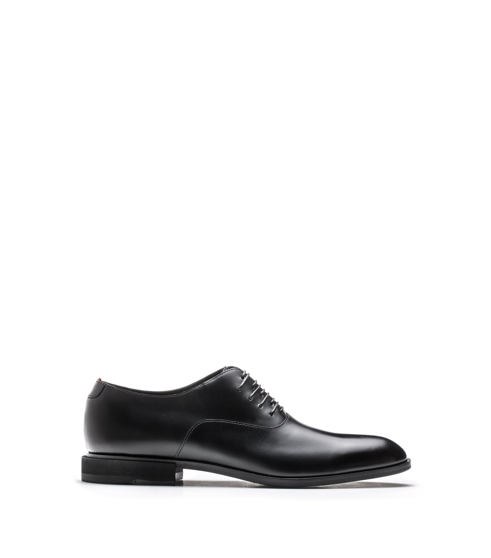 Calf-leather Oxford shoes in calf leather with unconventional lacing, Black
