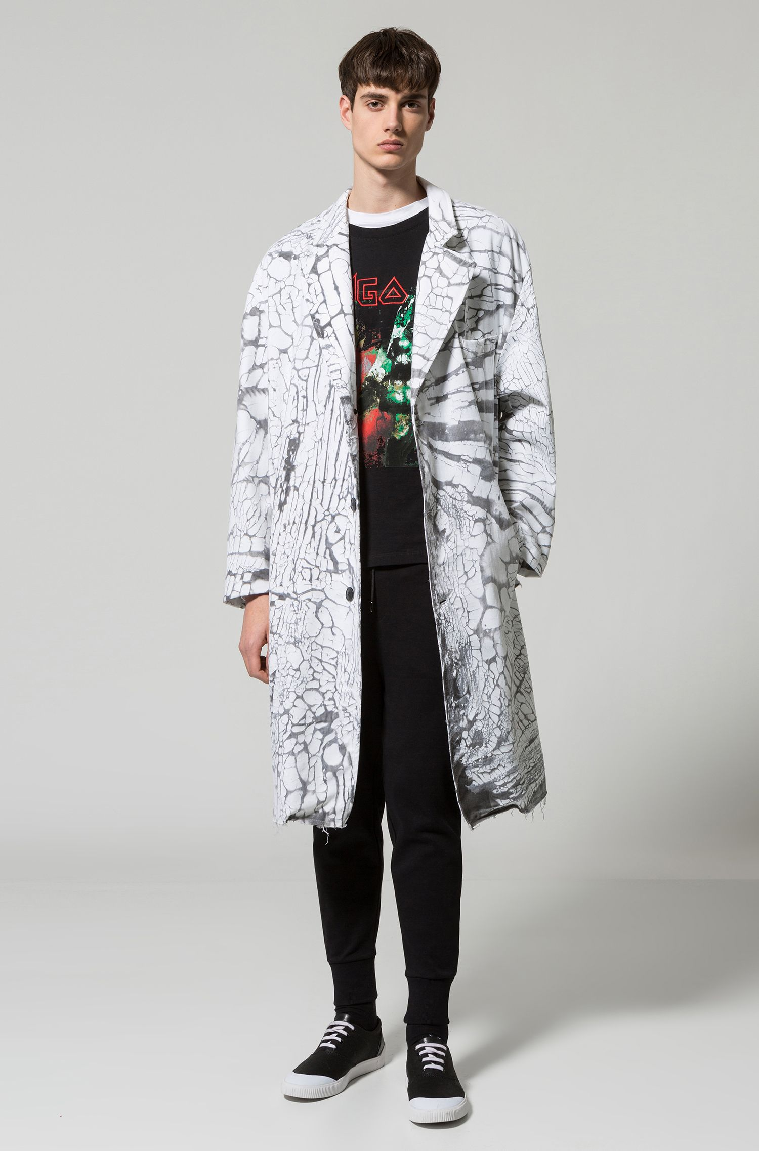 Mantel van stretchkatoen met bedrukt scheureffect