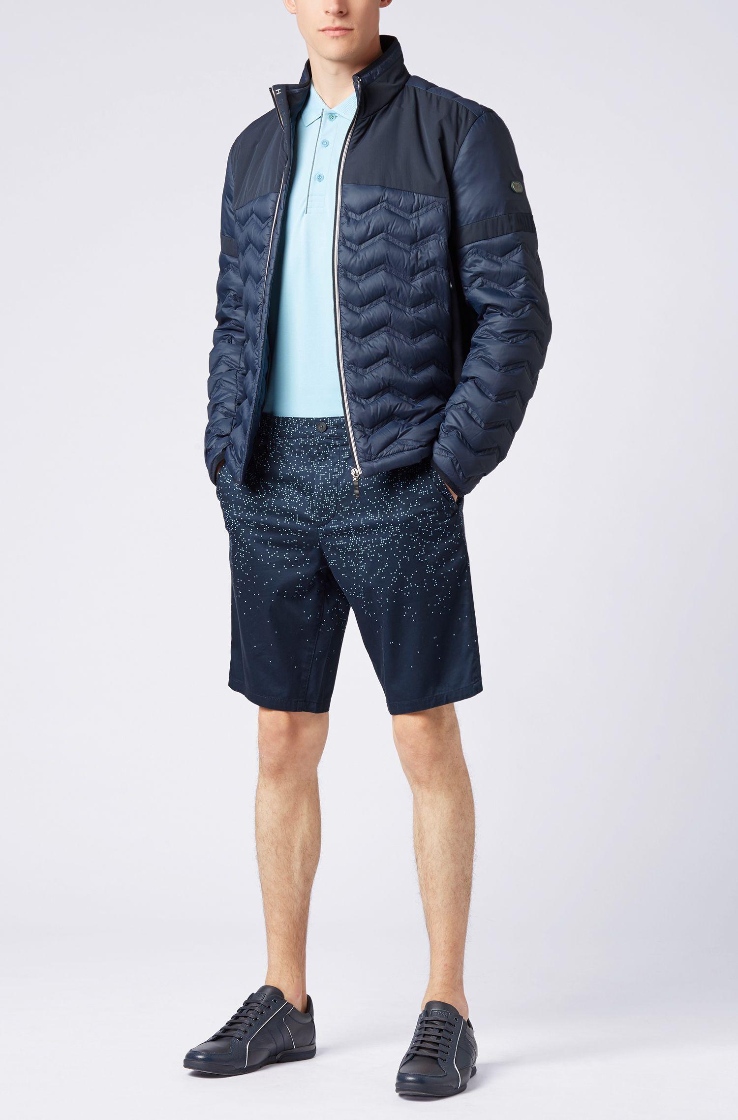 Pantaloncini slim fit in cotone elasticizzato con stampa digitale, Blu scuro