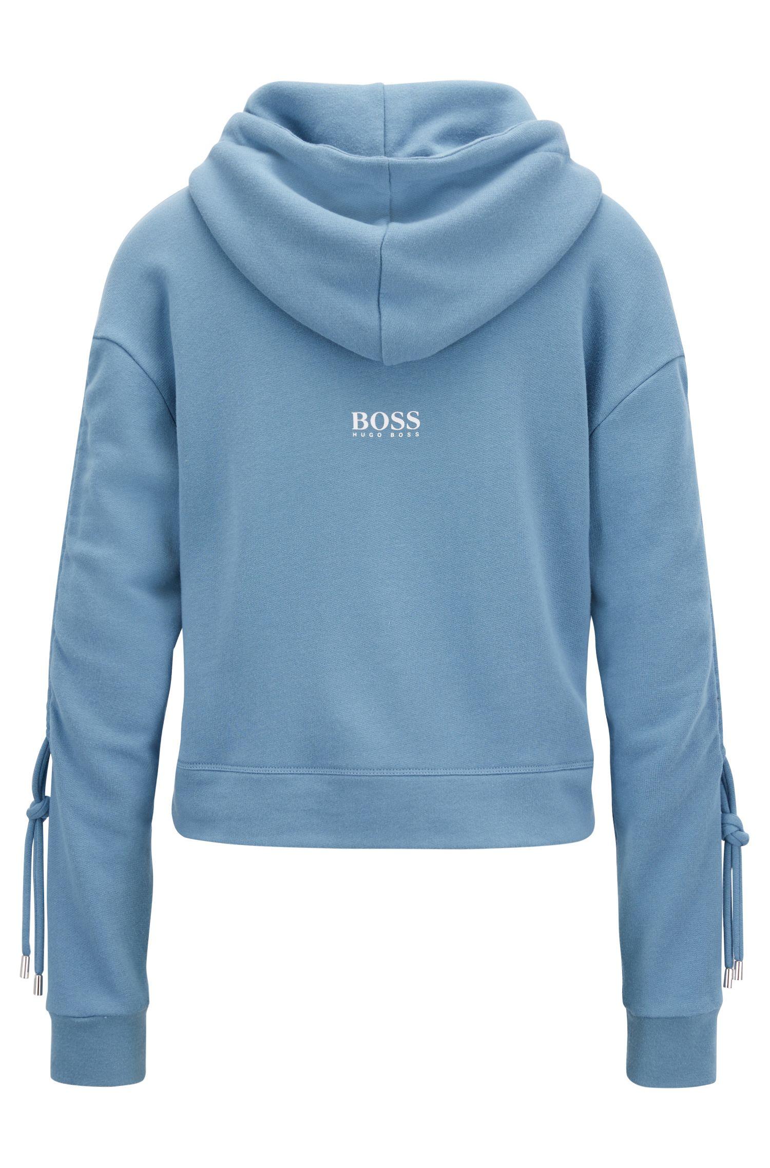 Kortere sweater met capuchon en geplooide mouwen, Lichtblauw