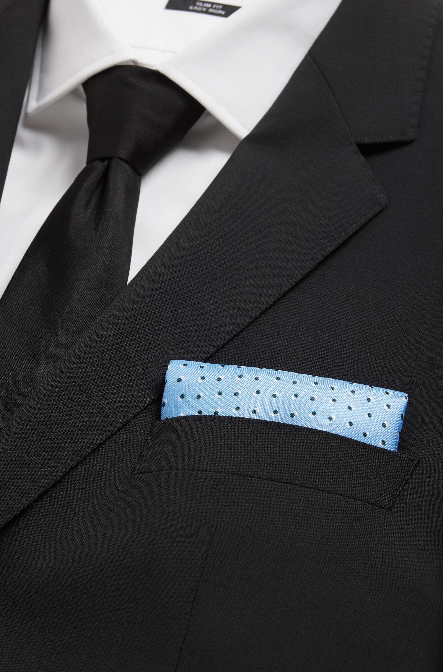 Pañuelo de bolsillo de seda fabricado en Italia con motivo estampado, Celeste