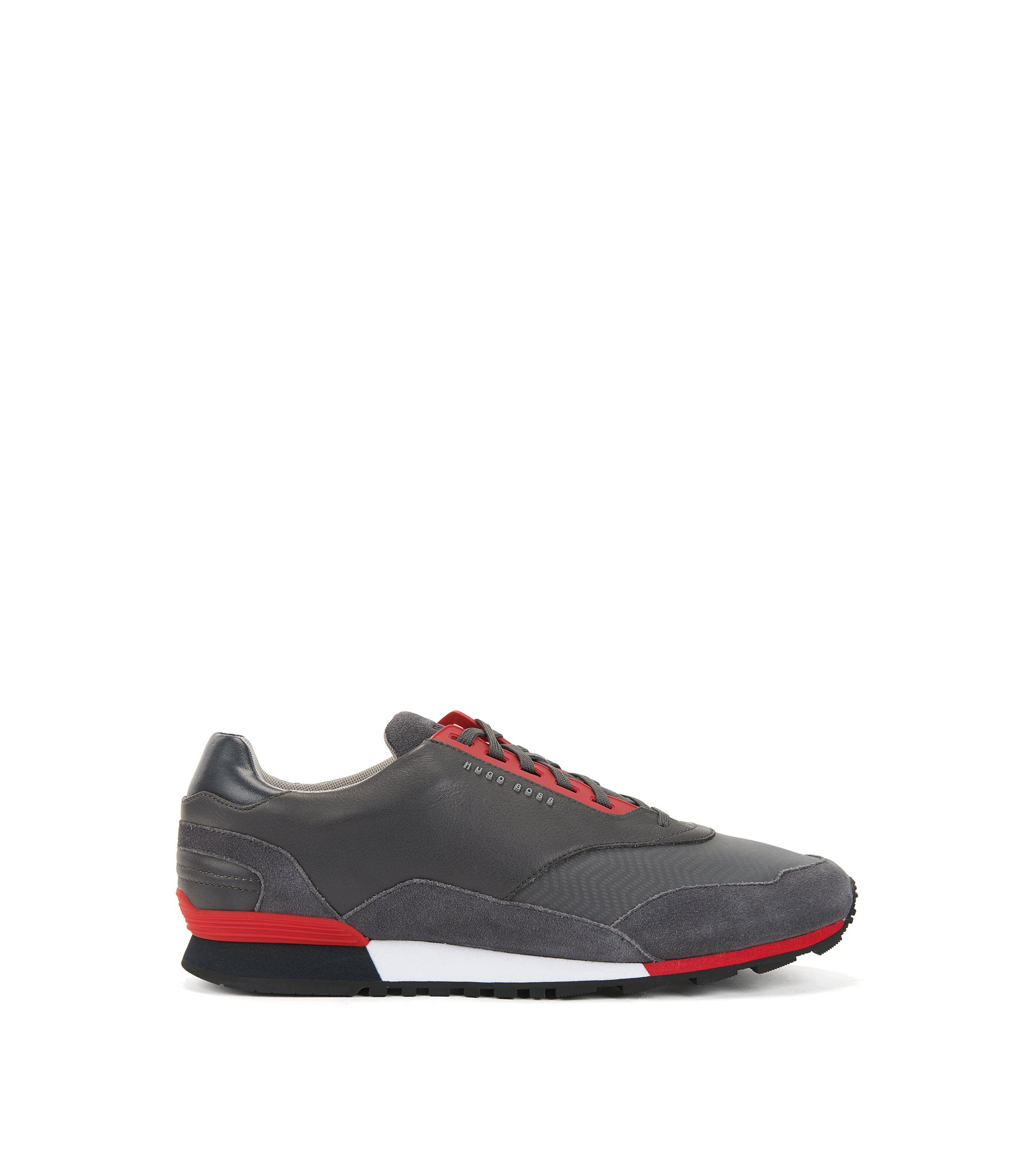 Low-profile trainers with hybrid uppers, Grey