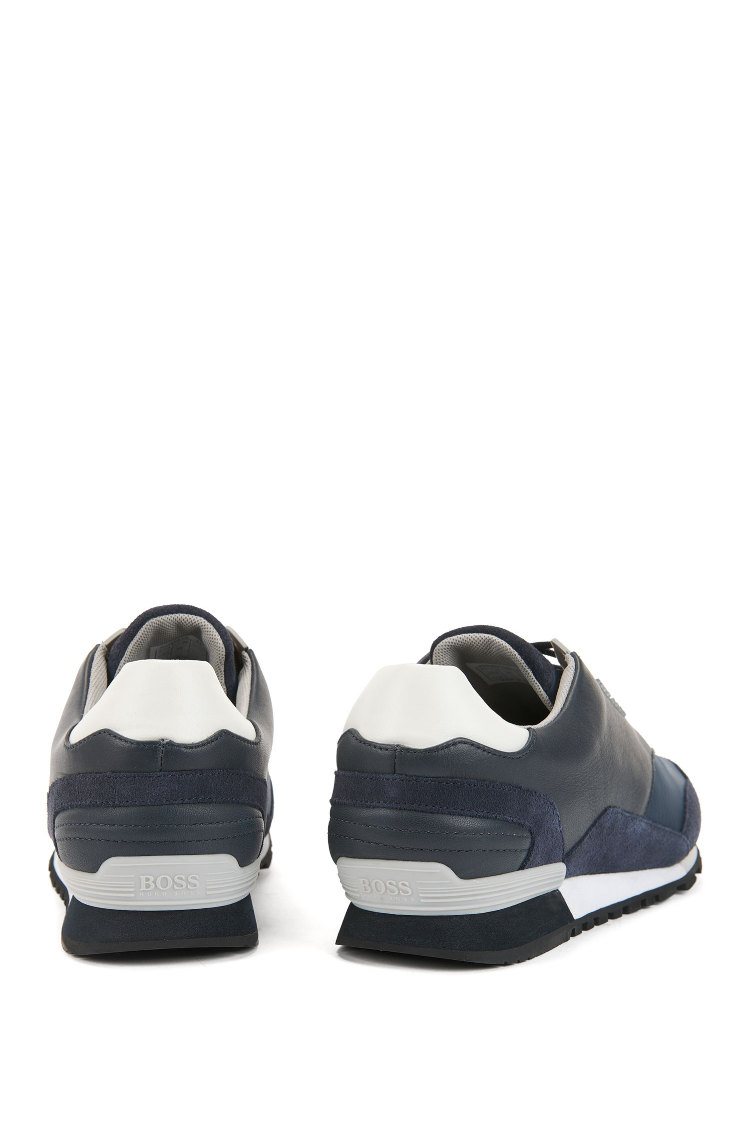 Low-profile trainers with hybrid uppers, Dark Blue