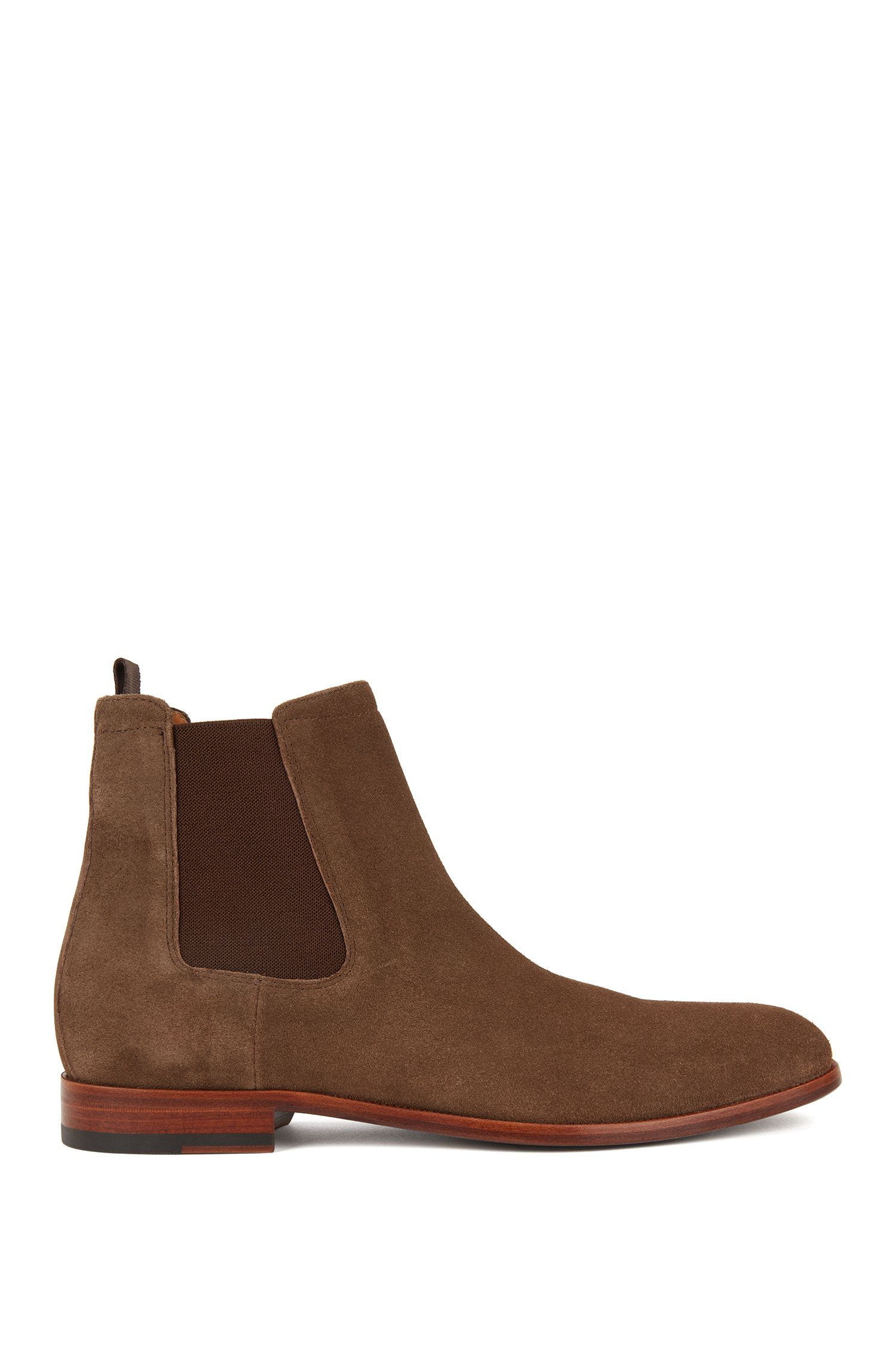 Italian-made Chelsea boots in soft suede, Brown