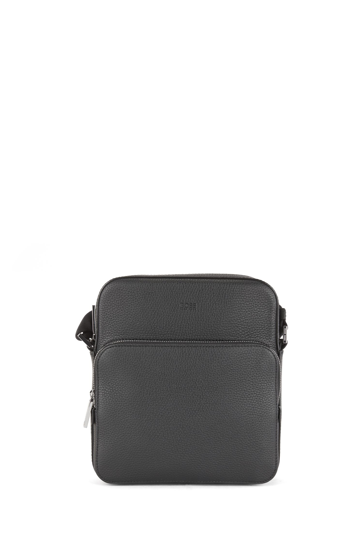 Reporter-style bag in grainy Italian leather, Black