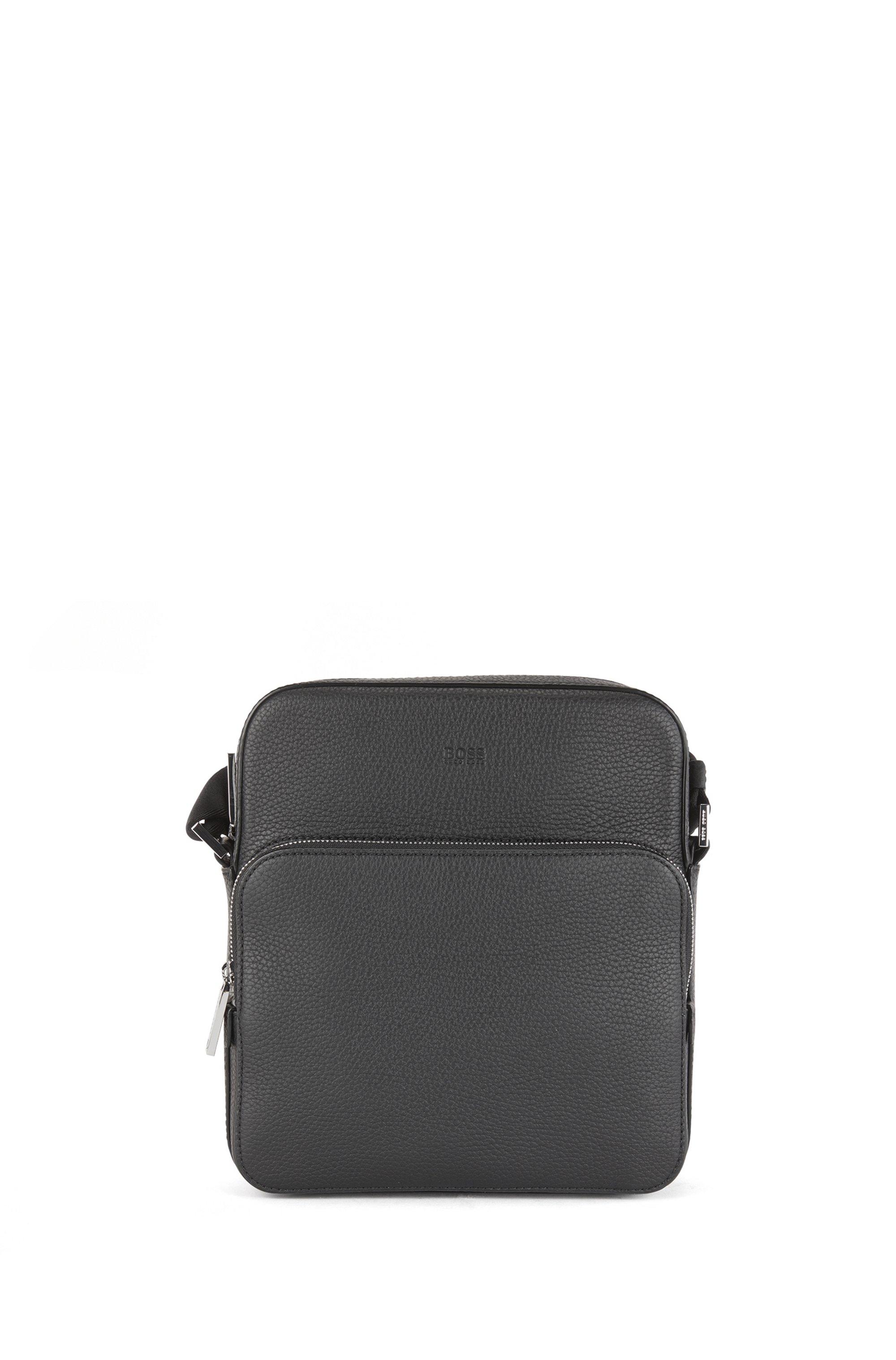 Reporter bag in grained Italian leather, Black