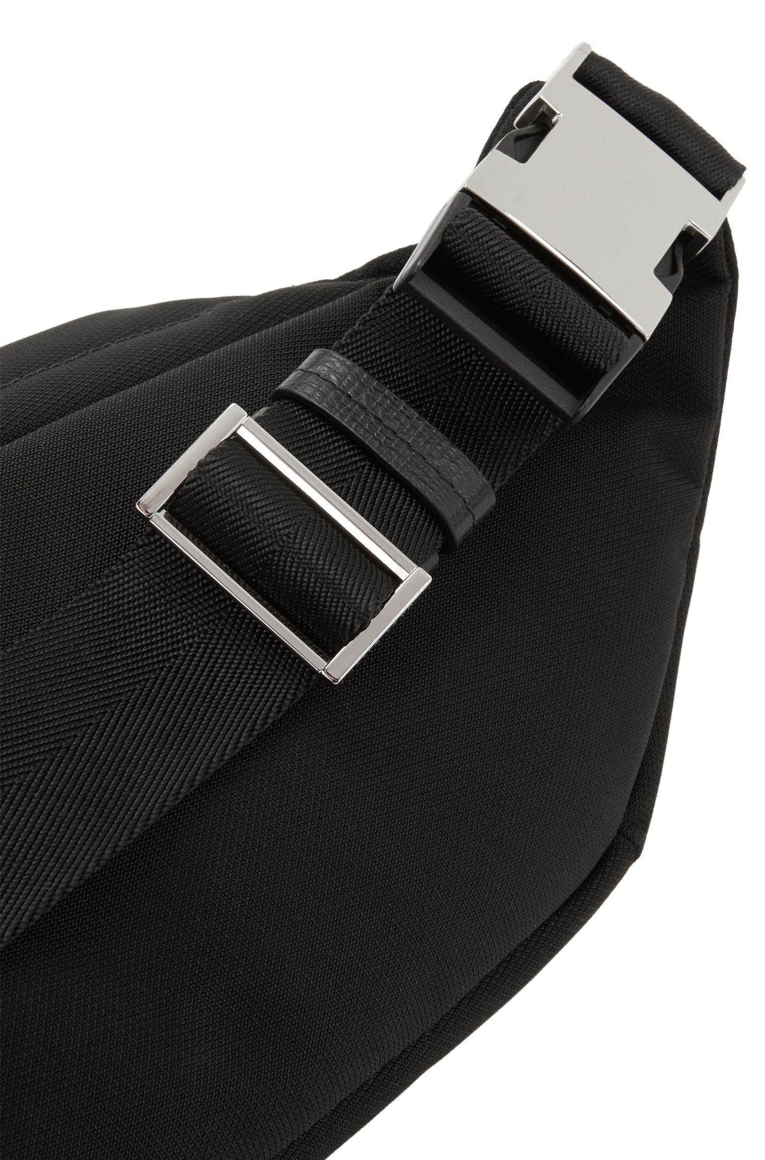 Sacceinture en tissu technique structuré, orné de finitions en cuir de veau italien, Noir