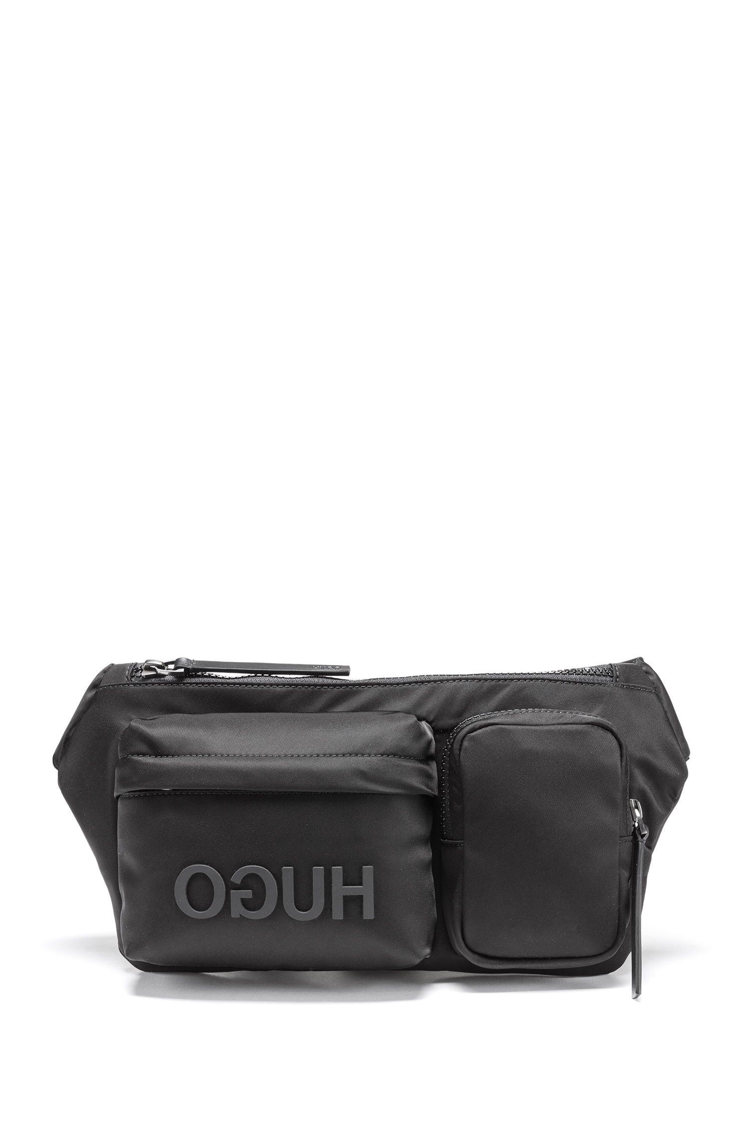 Gürteltasche aus Nylon-Gabardine mit Reversed-Logo, Schwarz