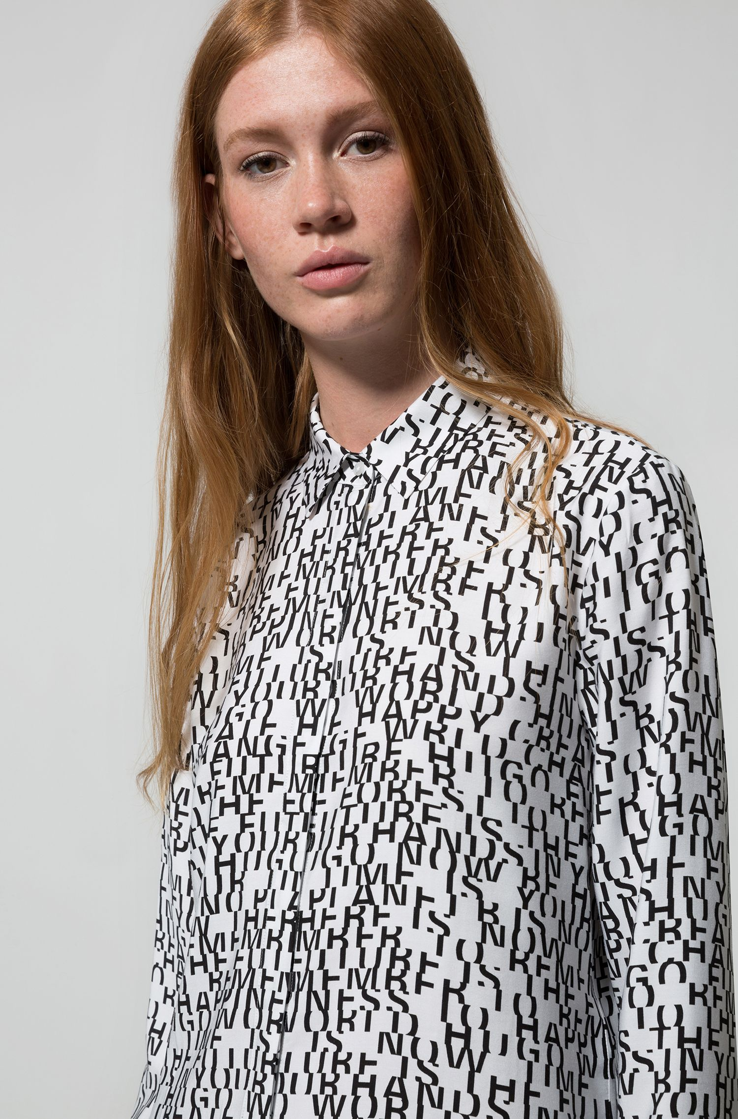 Regular-fit blouse in overhemdstijl met sloganprint, Bedrukt