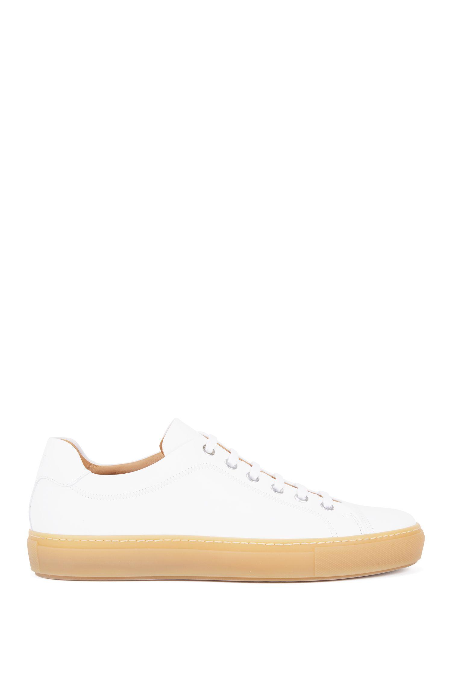Sneakers aus vollnarbigem Leder mit Gummisohle, Weiß