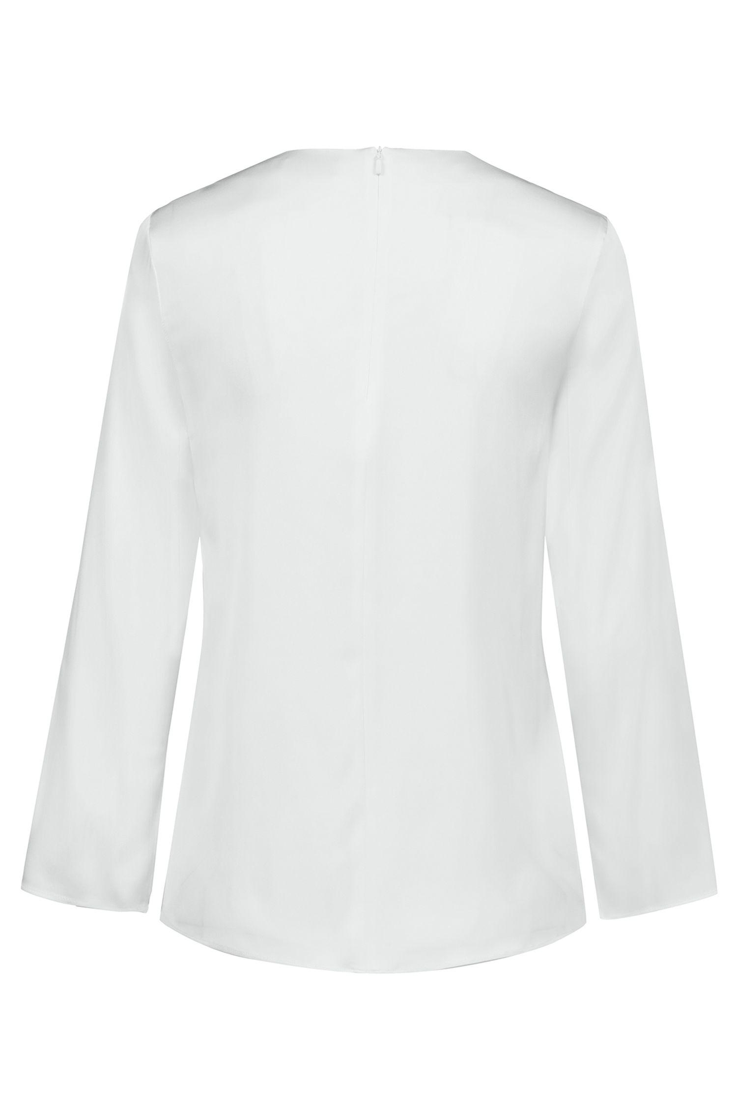 Top col V en soie stretch avec détail drapé sur le devant