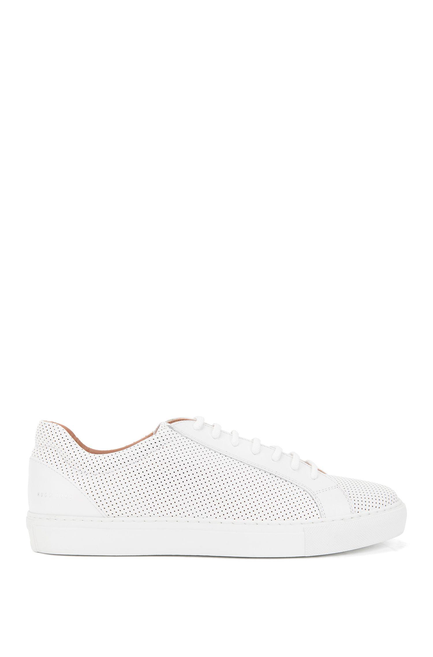 Sneakers aus italienischem Leder mit Perforationen