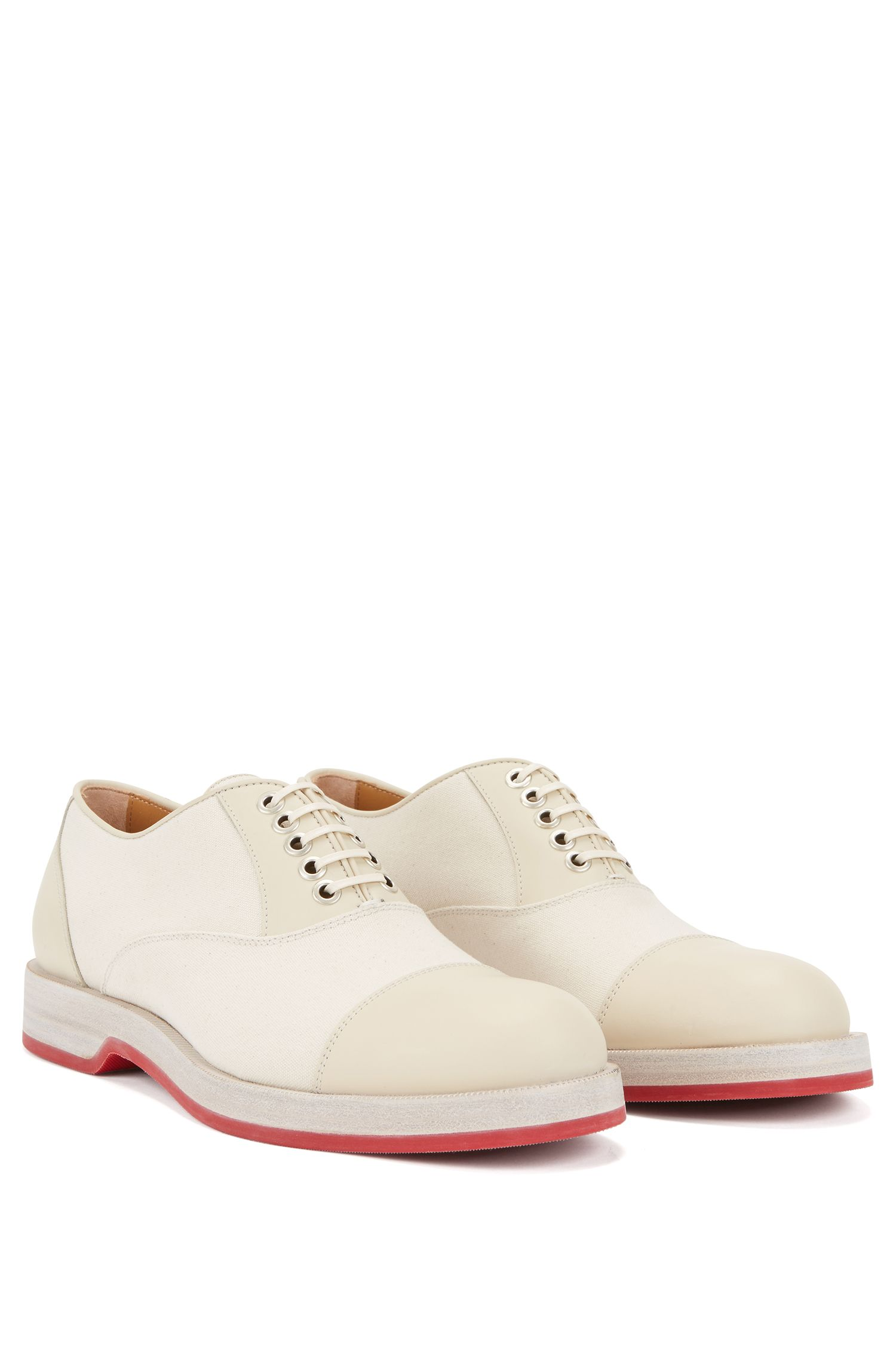 Oxford shoes in smooth leather