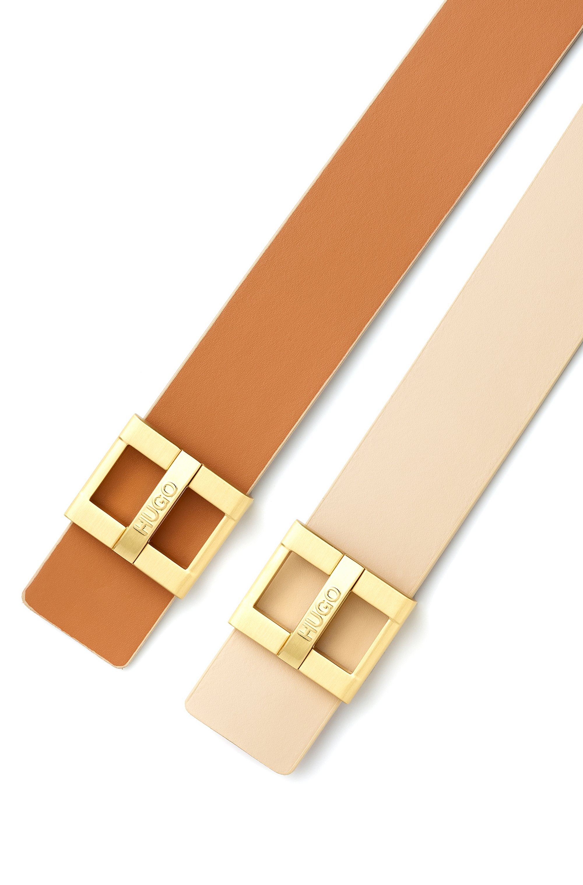 Smooth-leather belt with branded pin closure