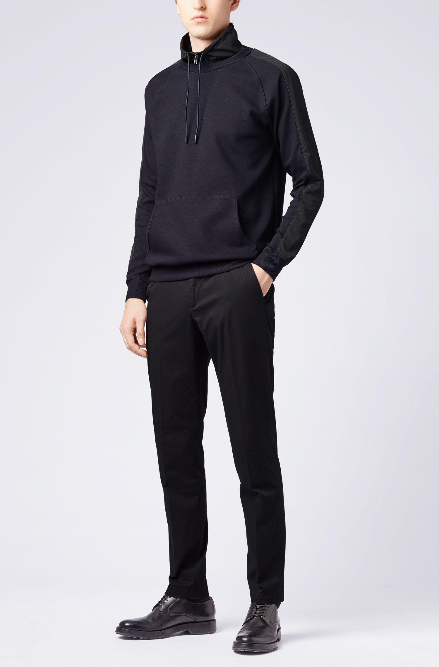 Wasserabweisendes Sweatshirt aus Baumwoll-Mix mit abnehmbarem Stehkragen, Dunkelblau